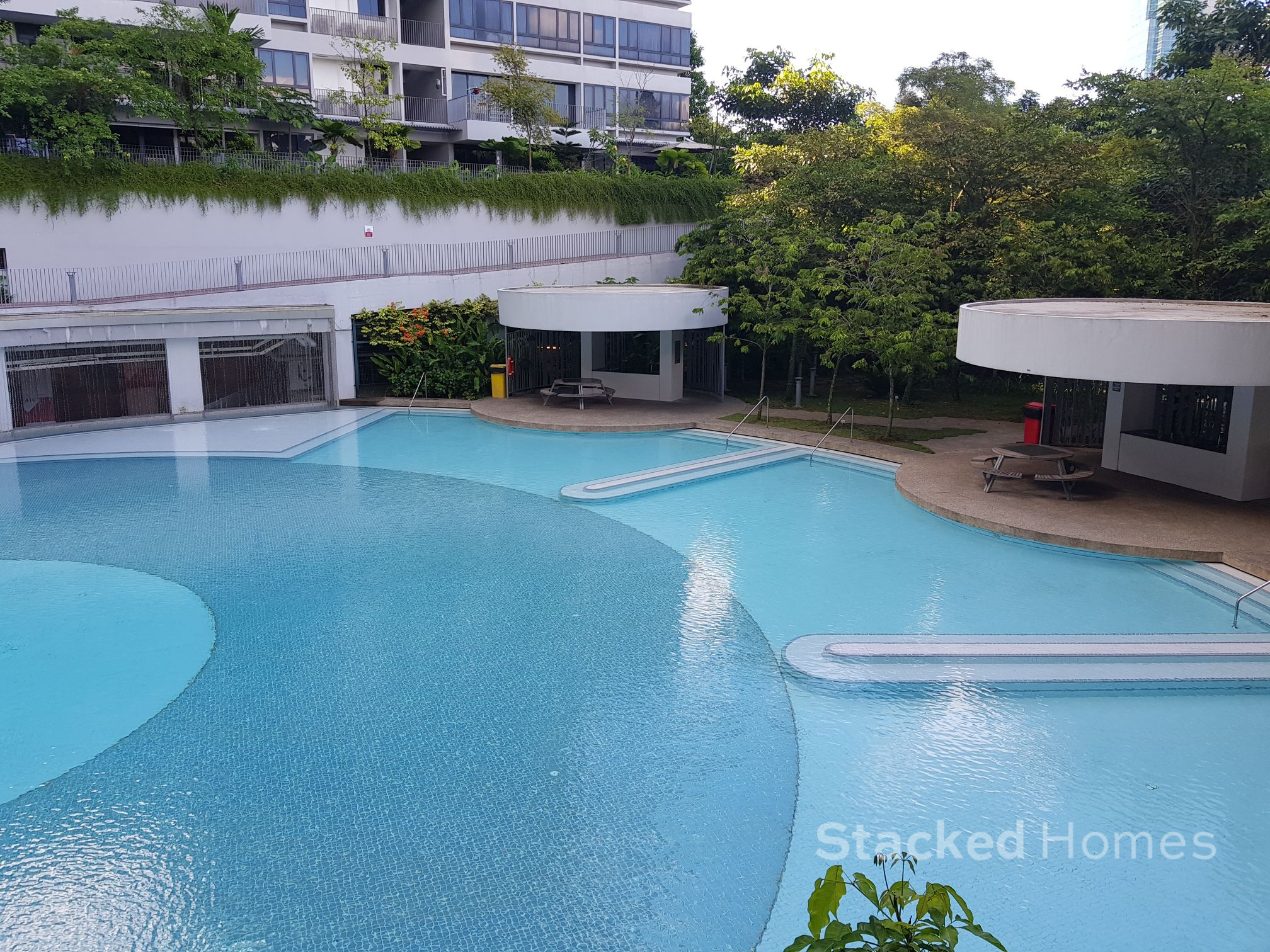 interlace condo pool