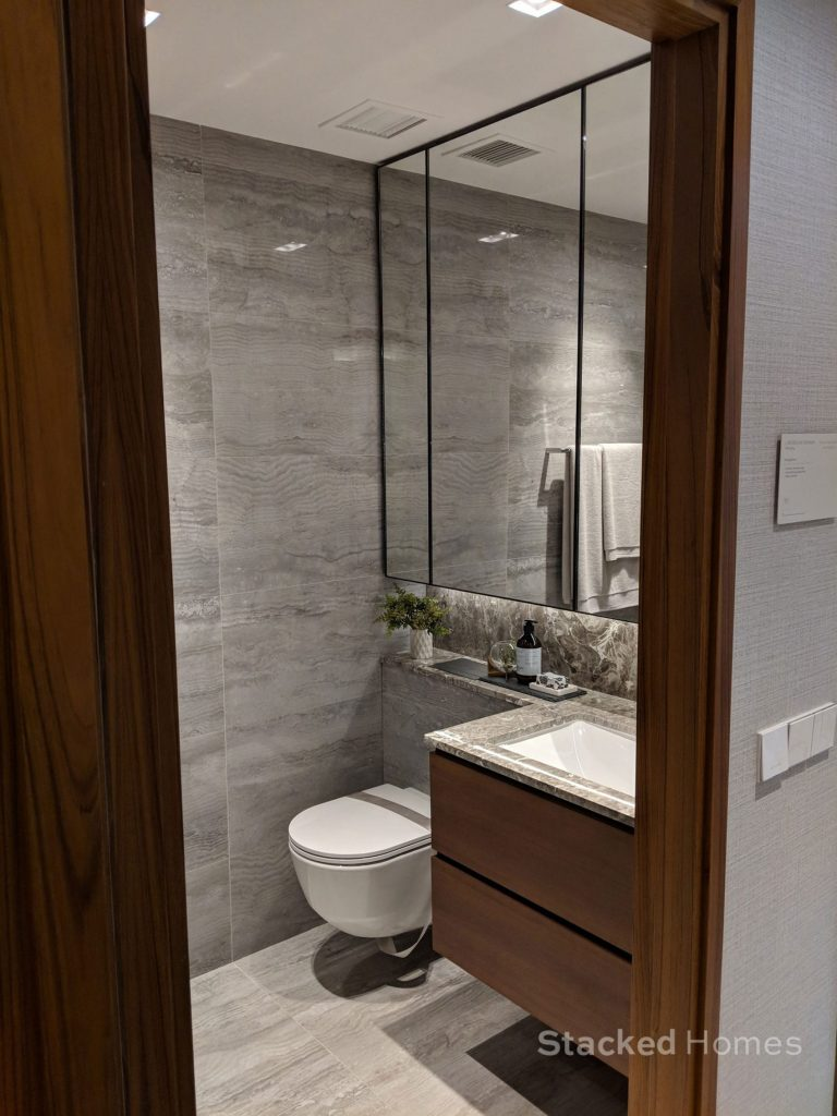fourth avenue residences 2 bedroom toilet
