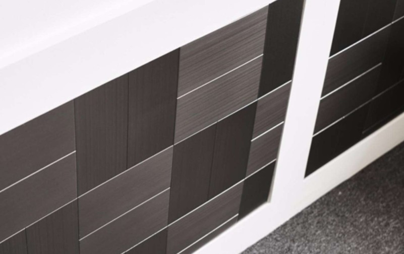 peel and stick tiles