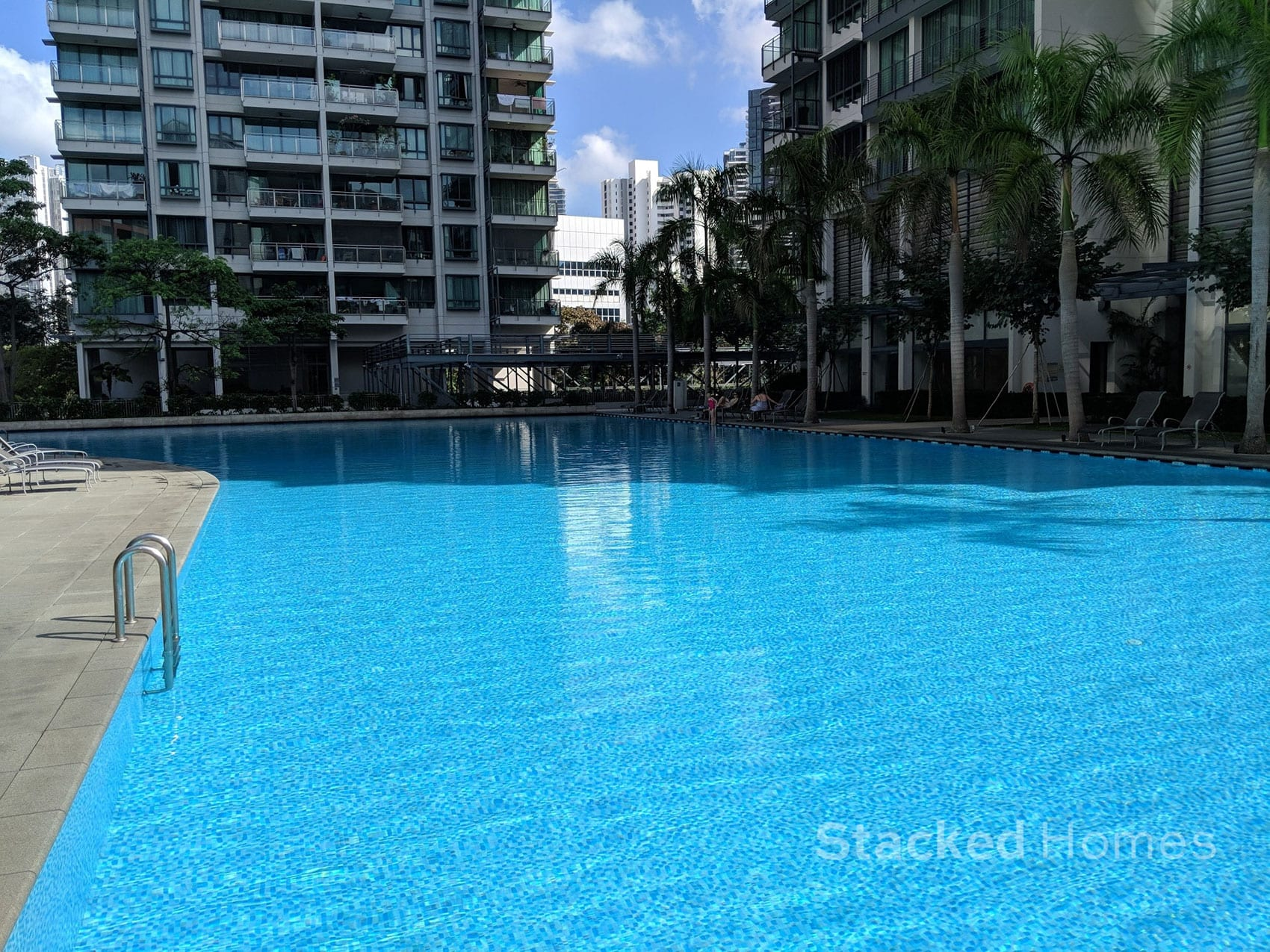 rivergate condo swimming pool