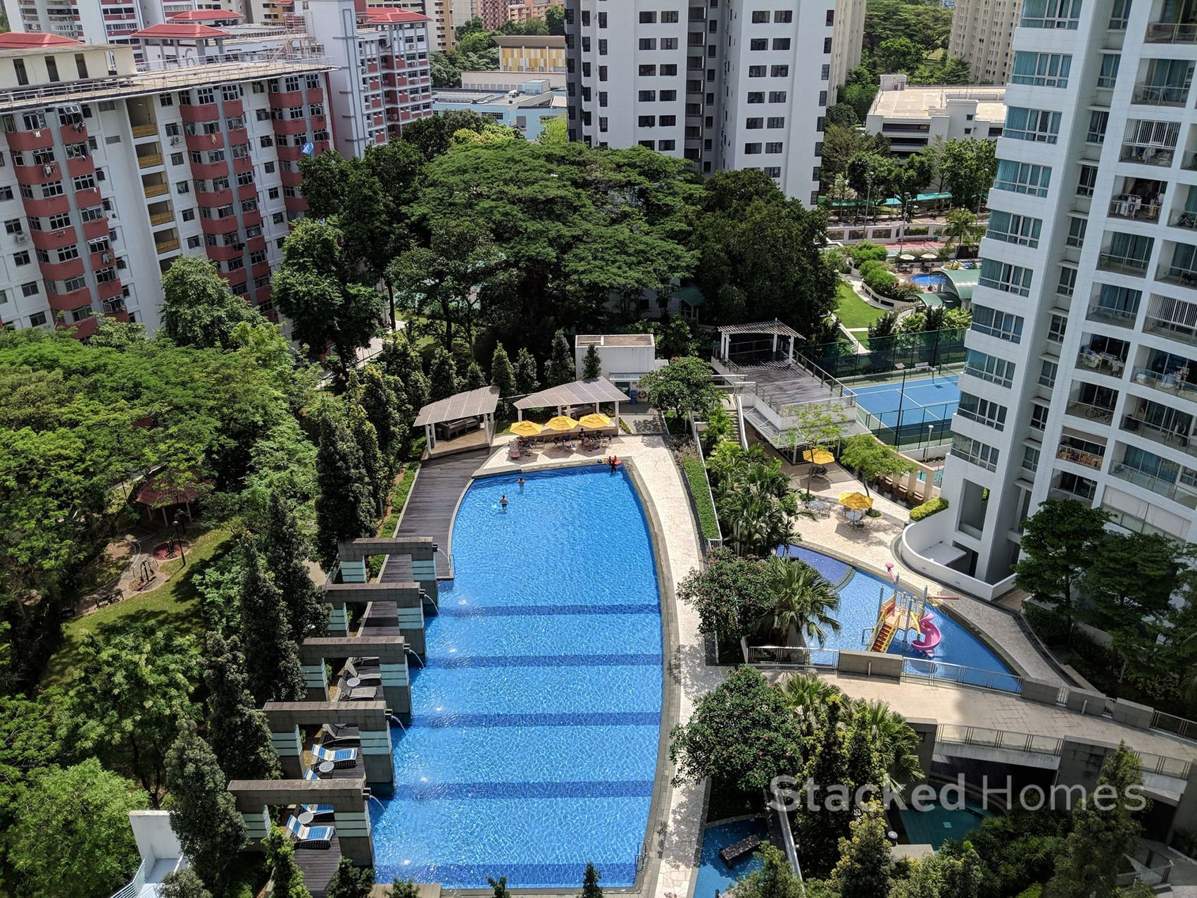 twin regency swimming pool