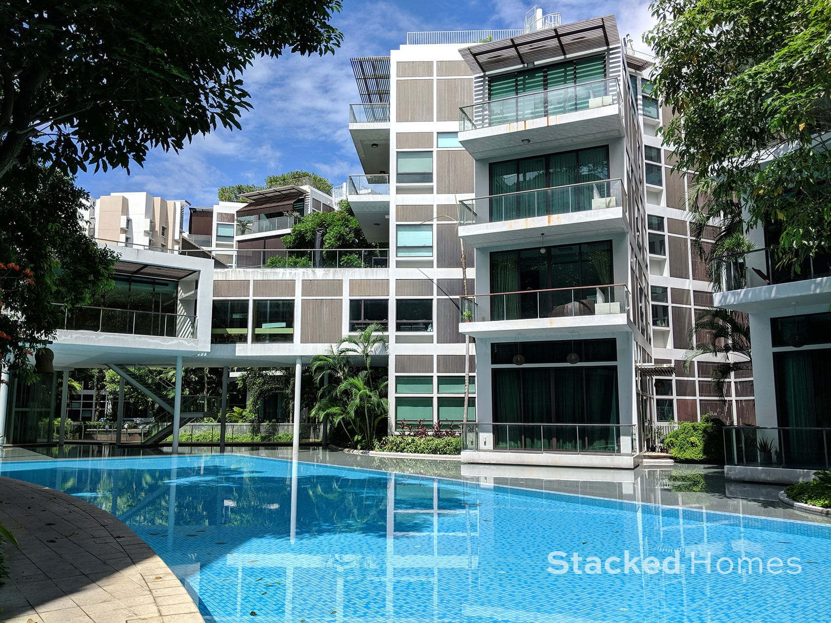 belle vue residences swimming pool