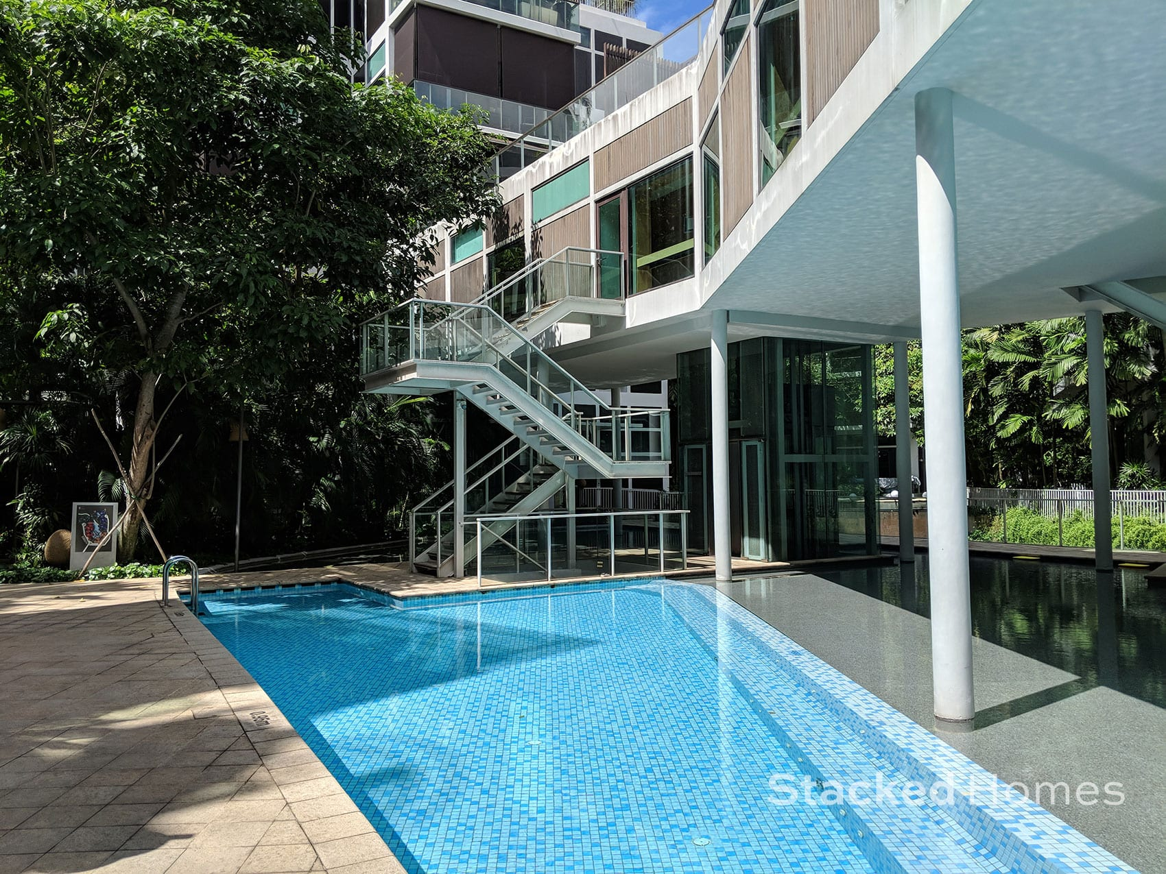 belle vue residences pool