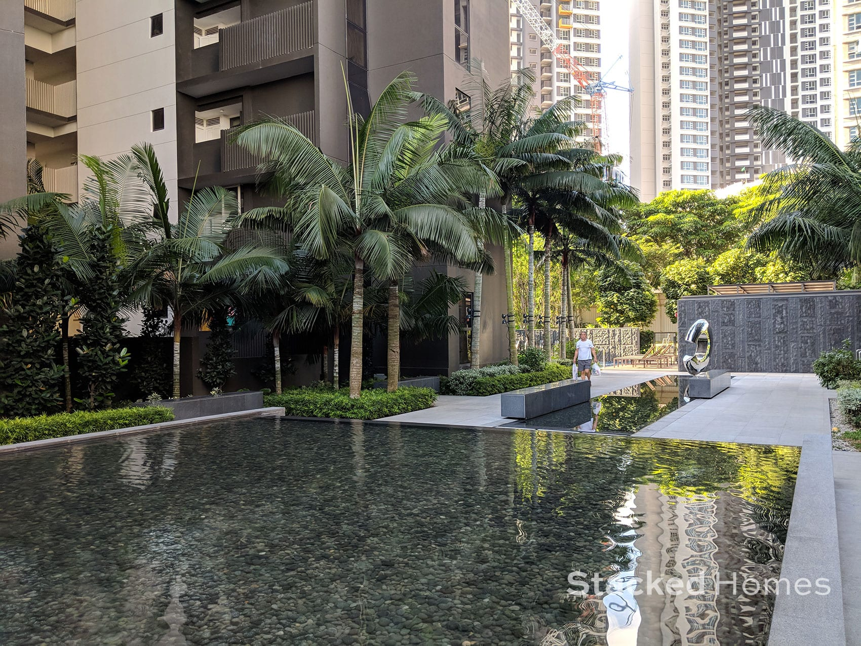 commonwealth towers courtyard