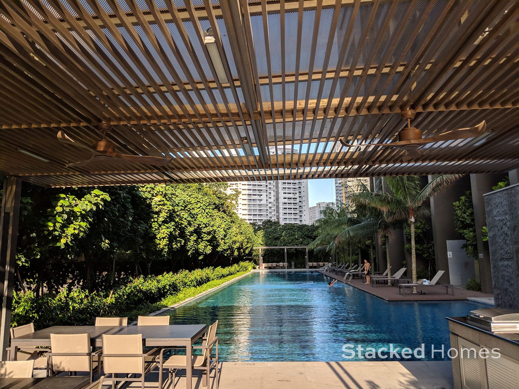 commonwealth towers swimming pool view