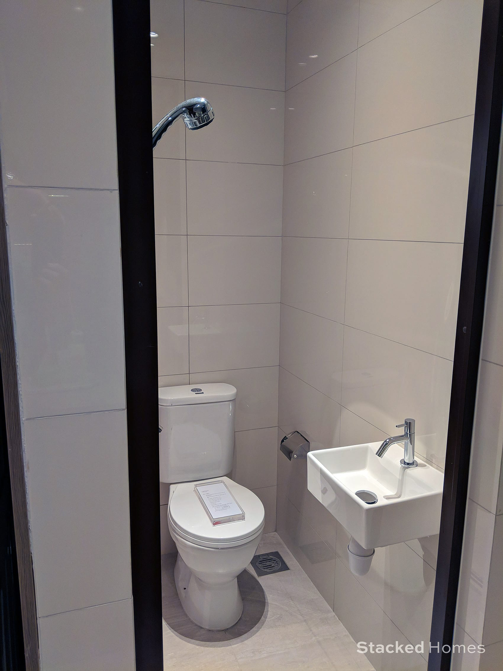 avenue south residence 3 bedroom toilet