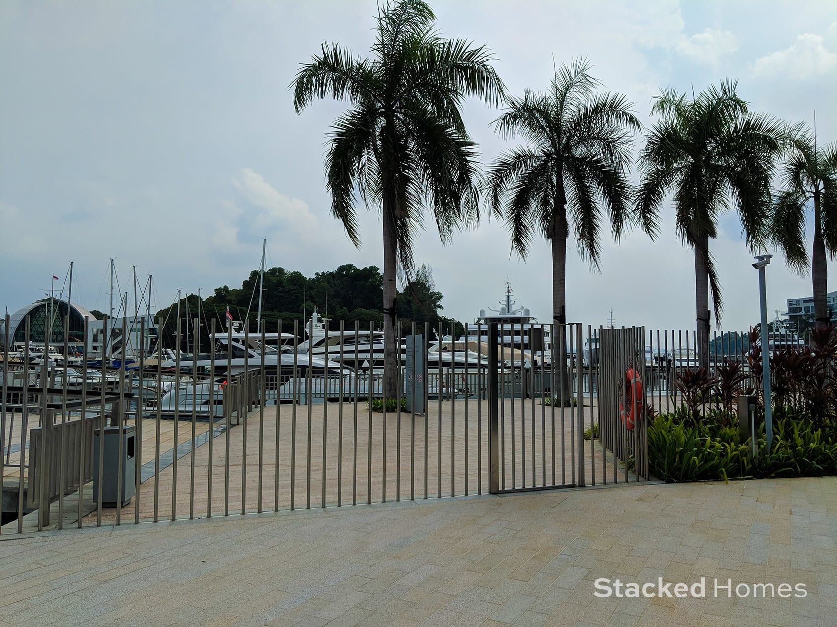 reflections at keppel bay side gate
