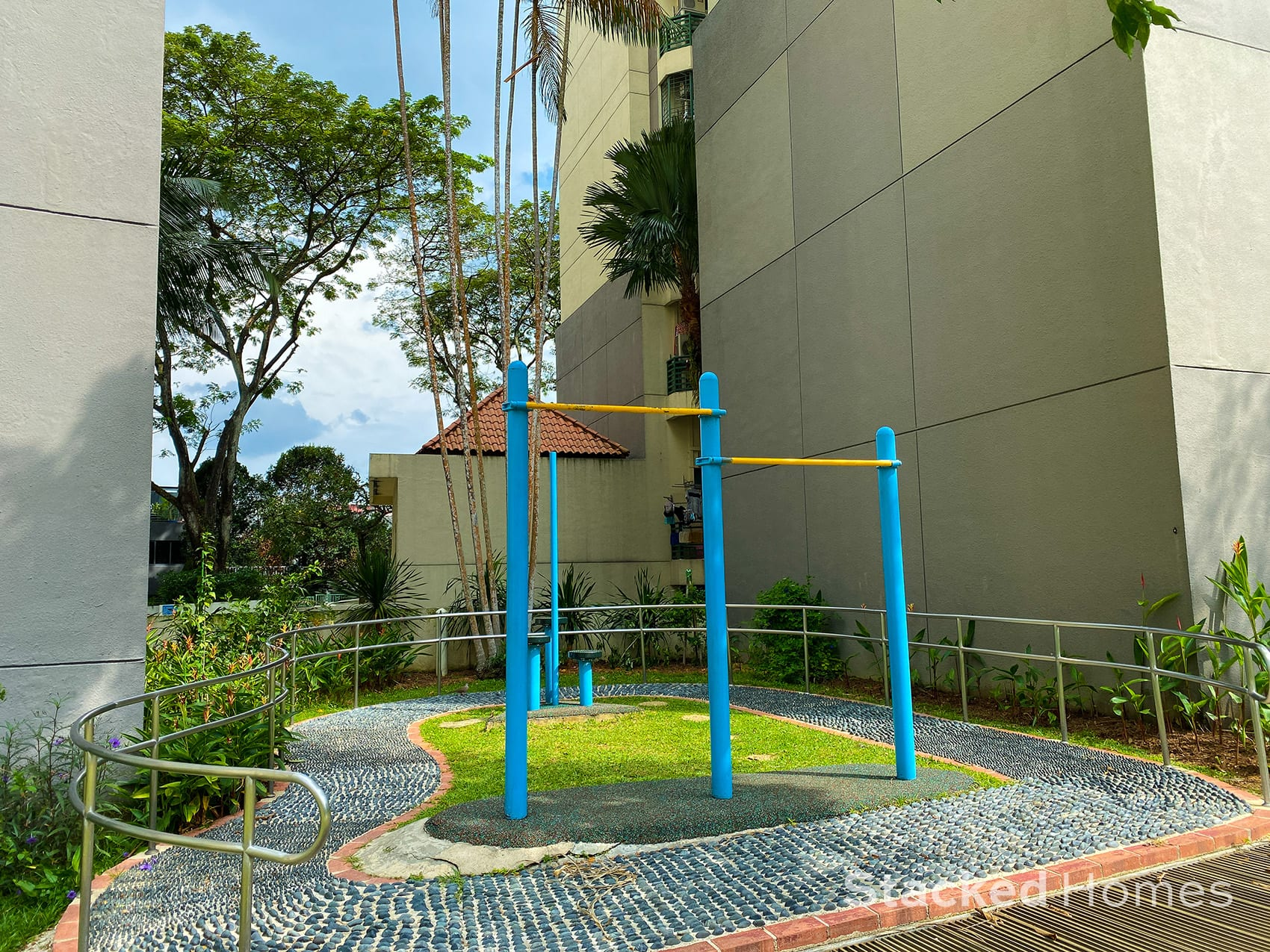 signature park pull up bar