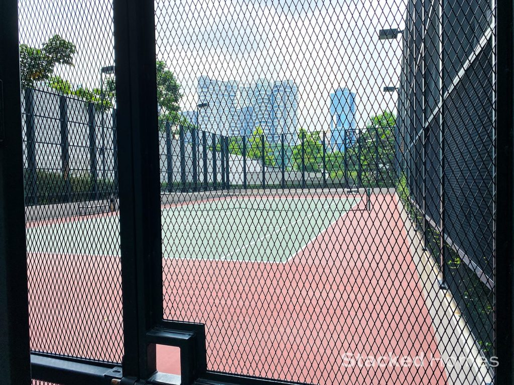 oue twin peaks tennis court