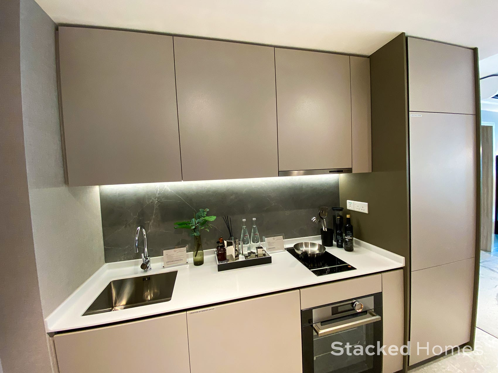 sengkang grand residences 1 bedroom study kitchen