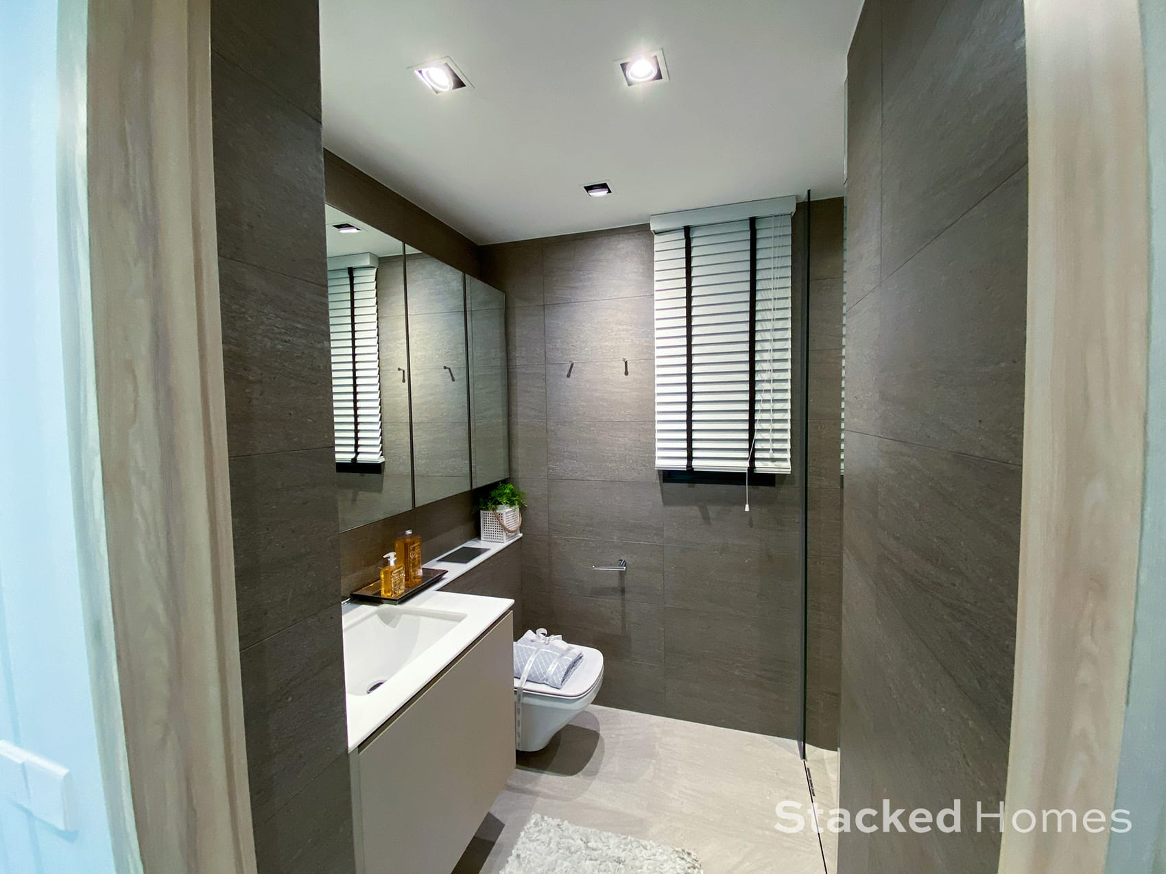 Sengkang Grand Residences 3 Bedroom Premium common bathroom