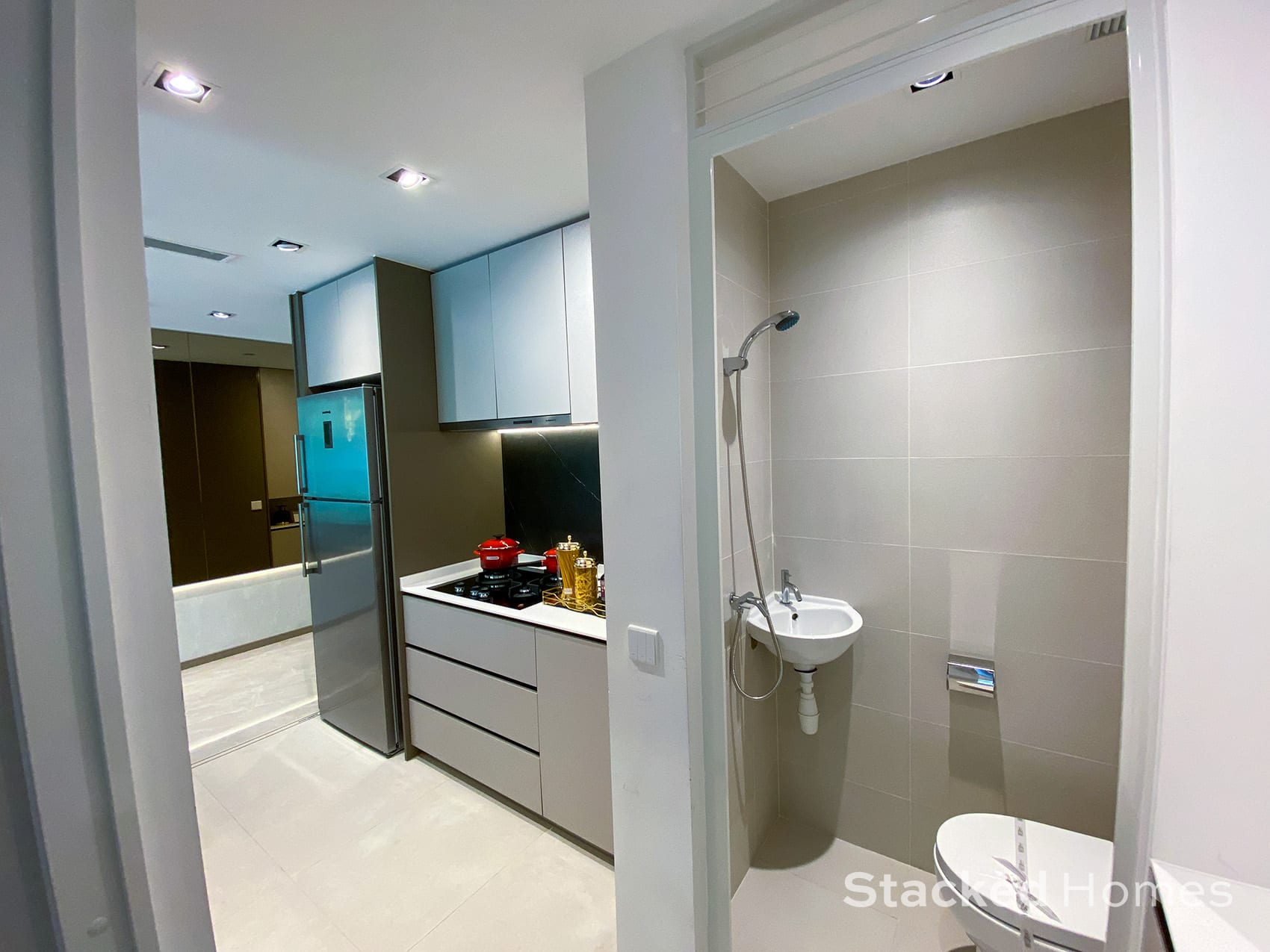 Sengkang Grand Residences 3 Bedroom Premium kitchen bathroom