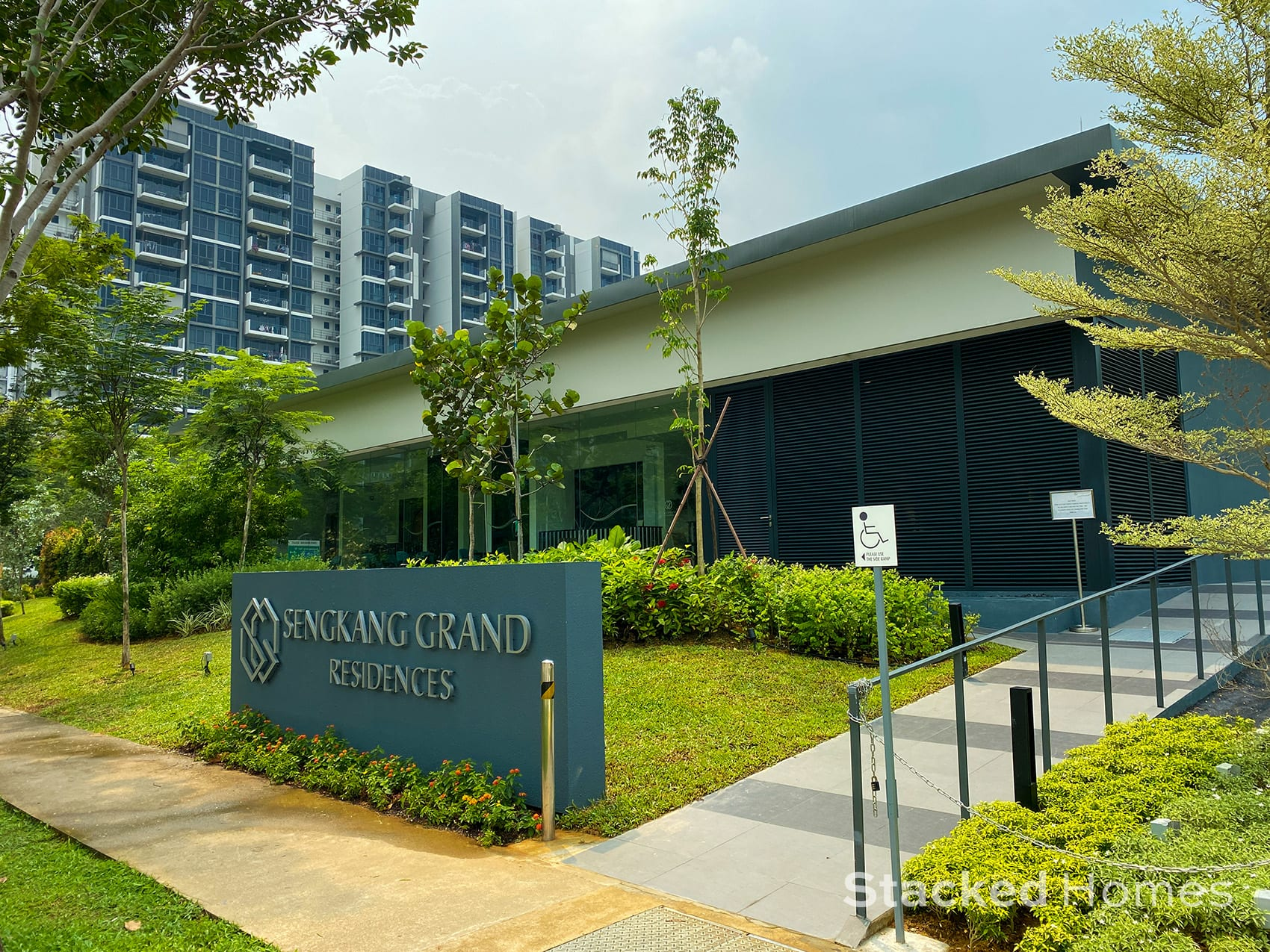 sengkang grand residences review