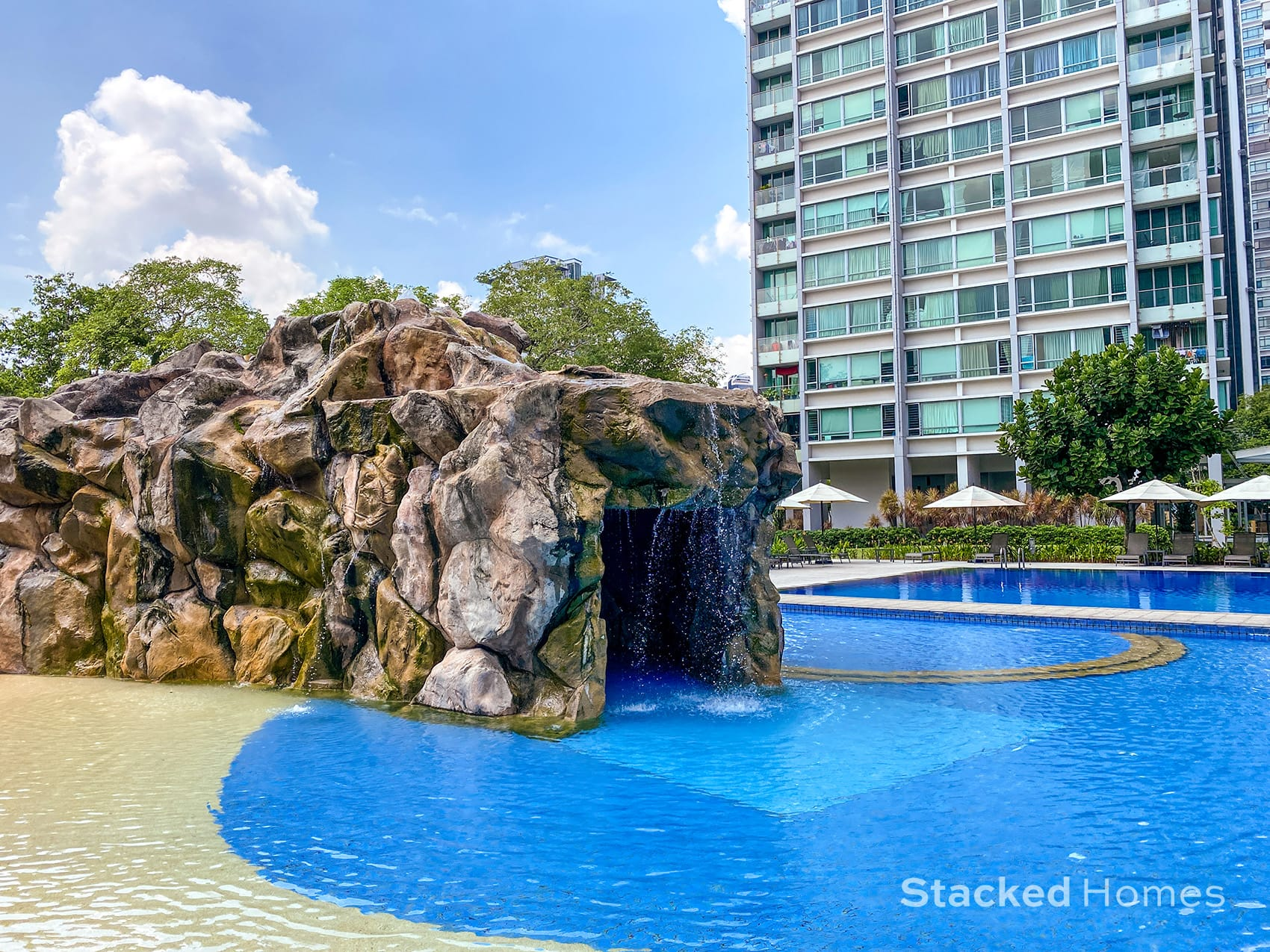 park infinia wee nam swimming pool cave