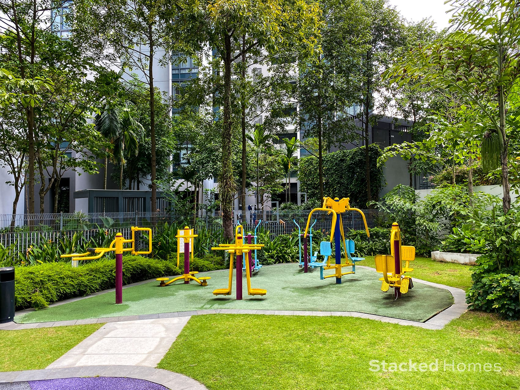 park infinia wee nam fitness station