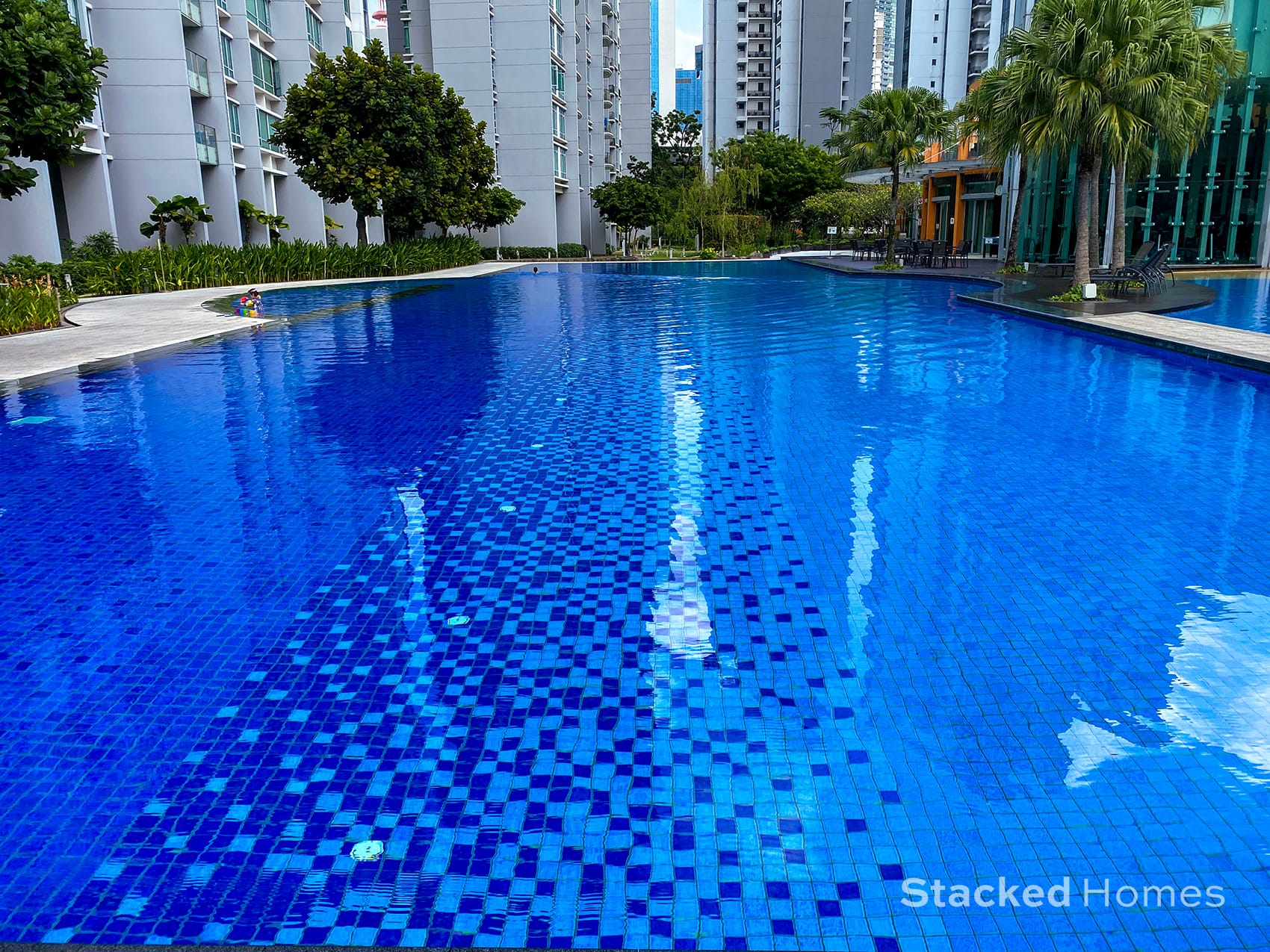 park infinia wee nam swimming pool