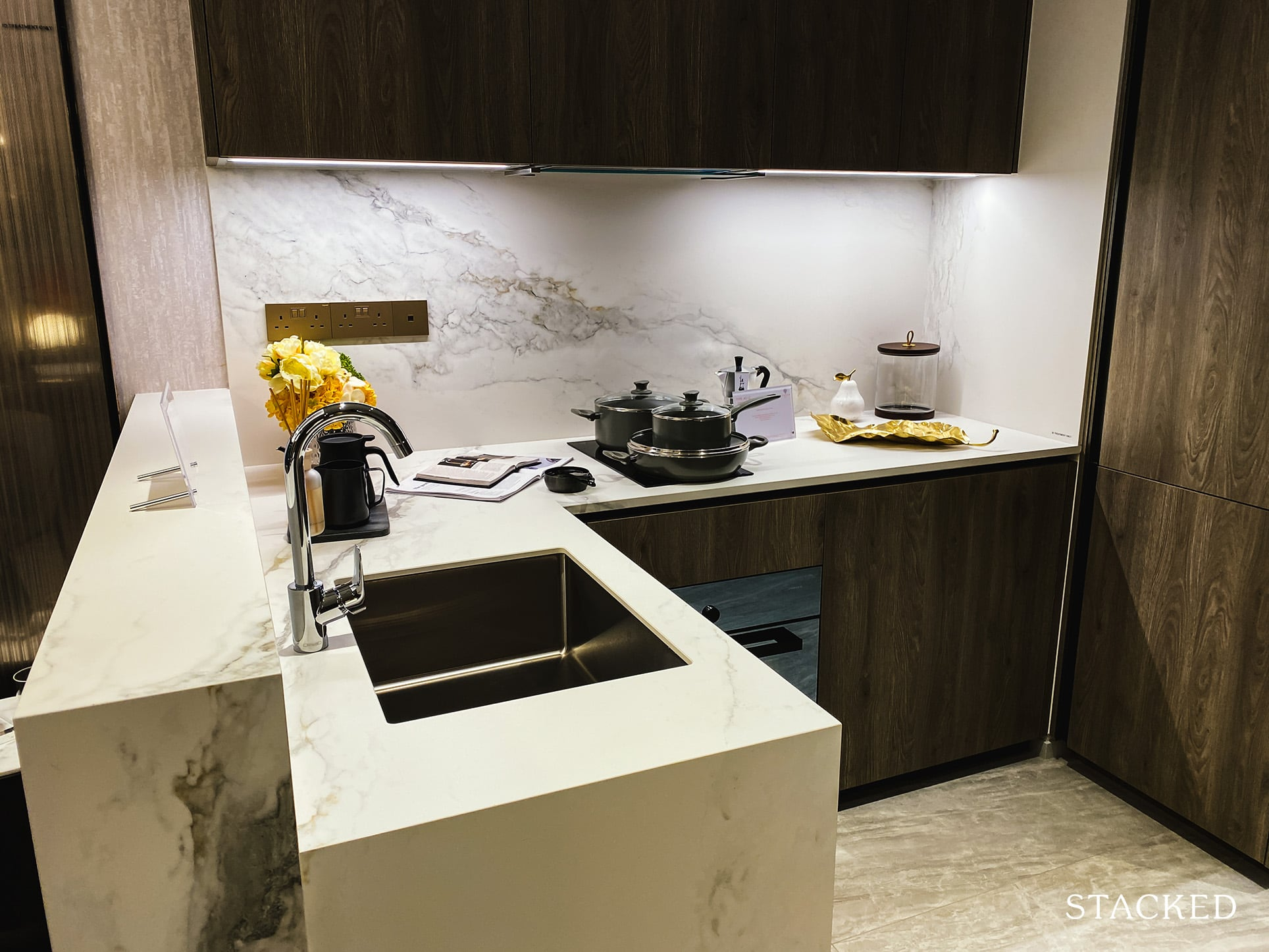 leedon green 1 bedroom study kitchen