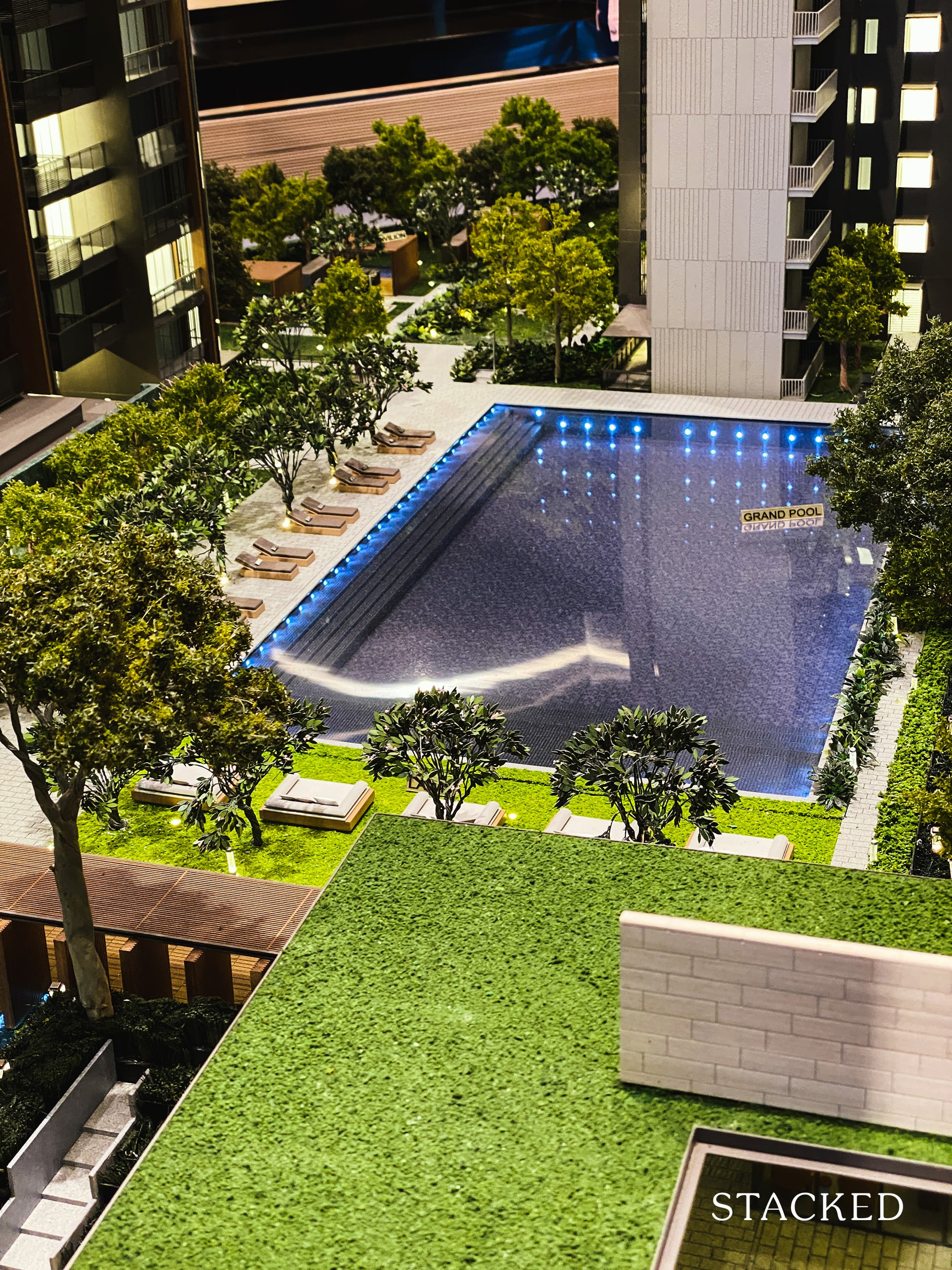 leedon green showflat pool