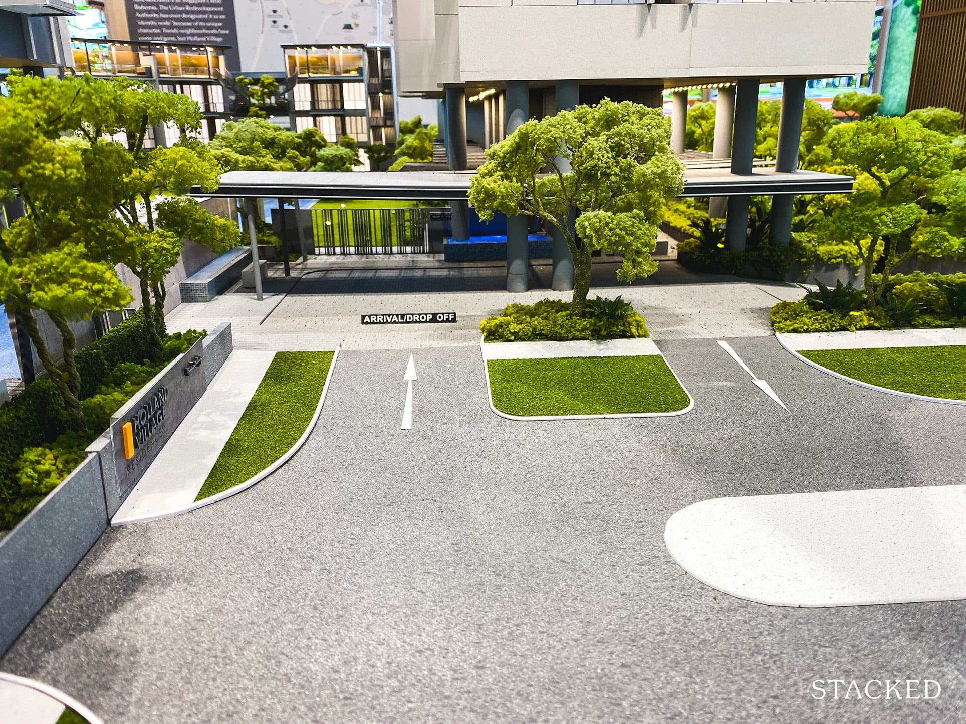 one holland village residences entrance