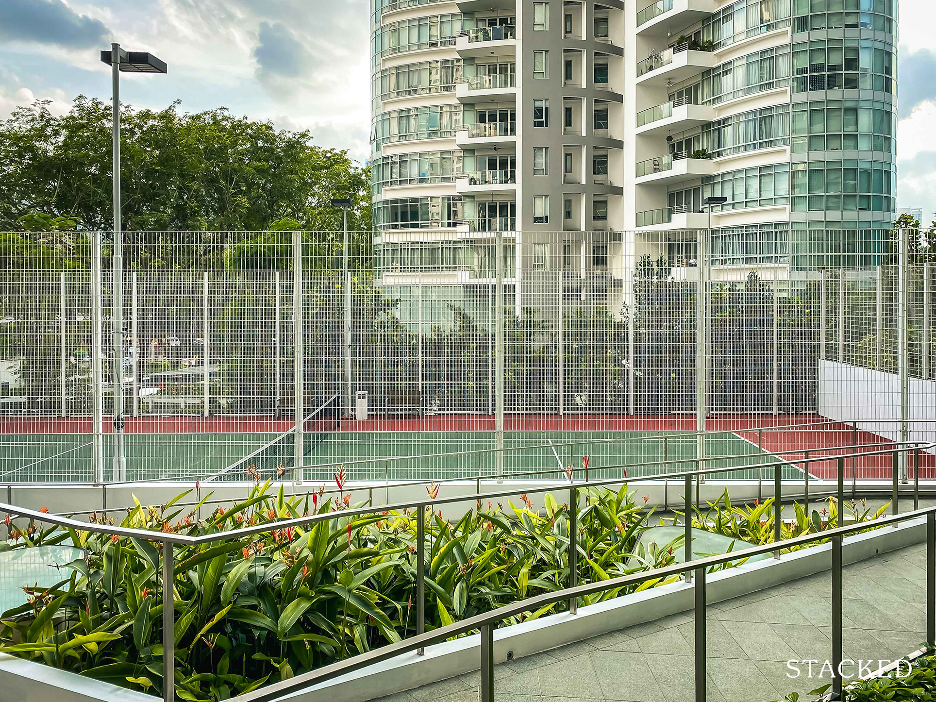 trilight condo tennis court