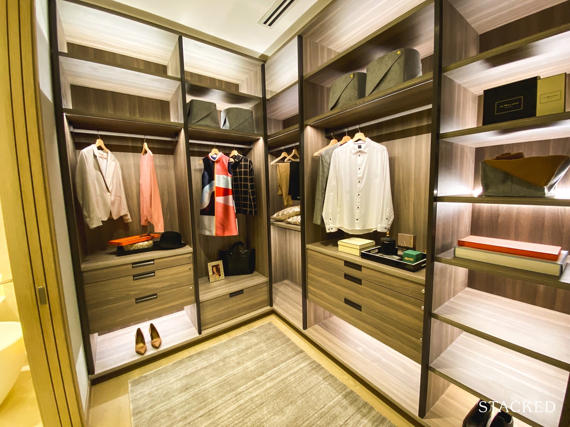 the avenir 4 bedroom walk in wardrobe