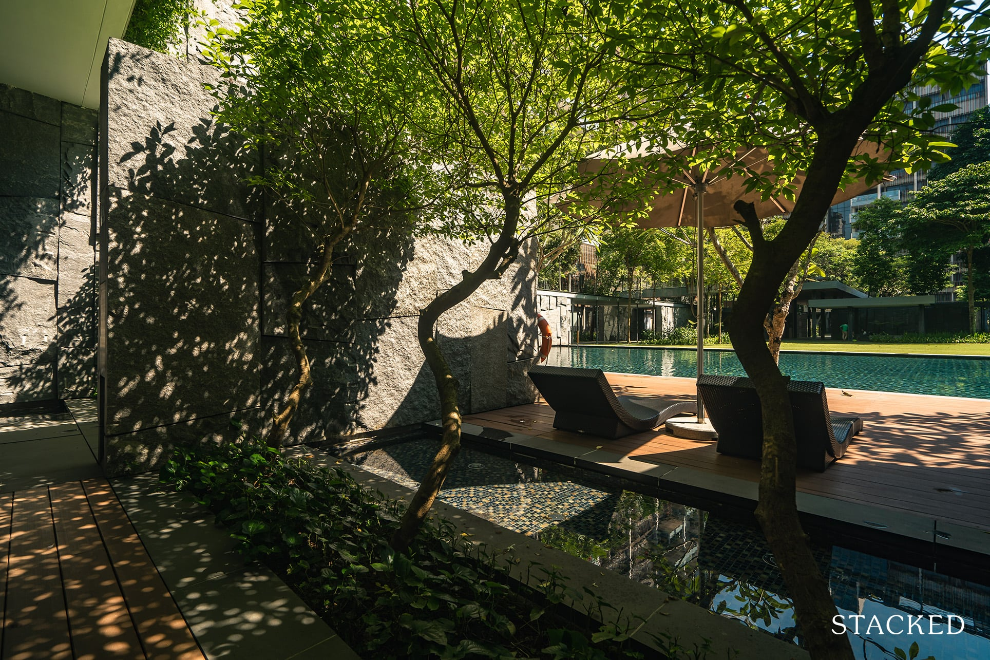 Goodwood residence deck chairs