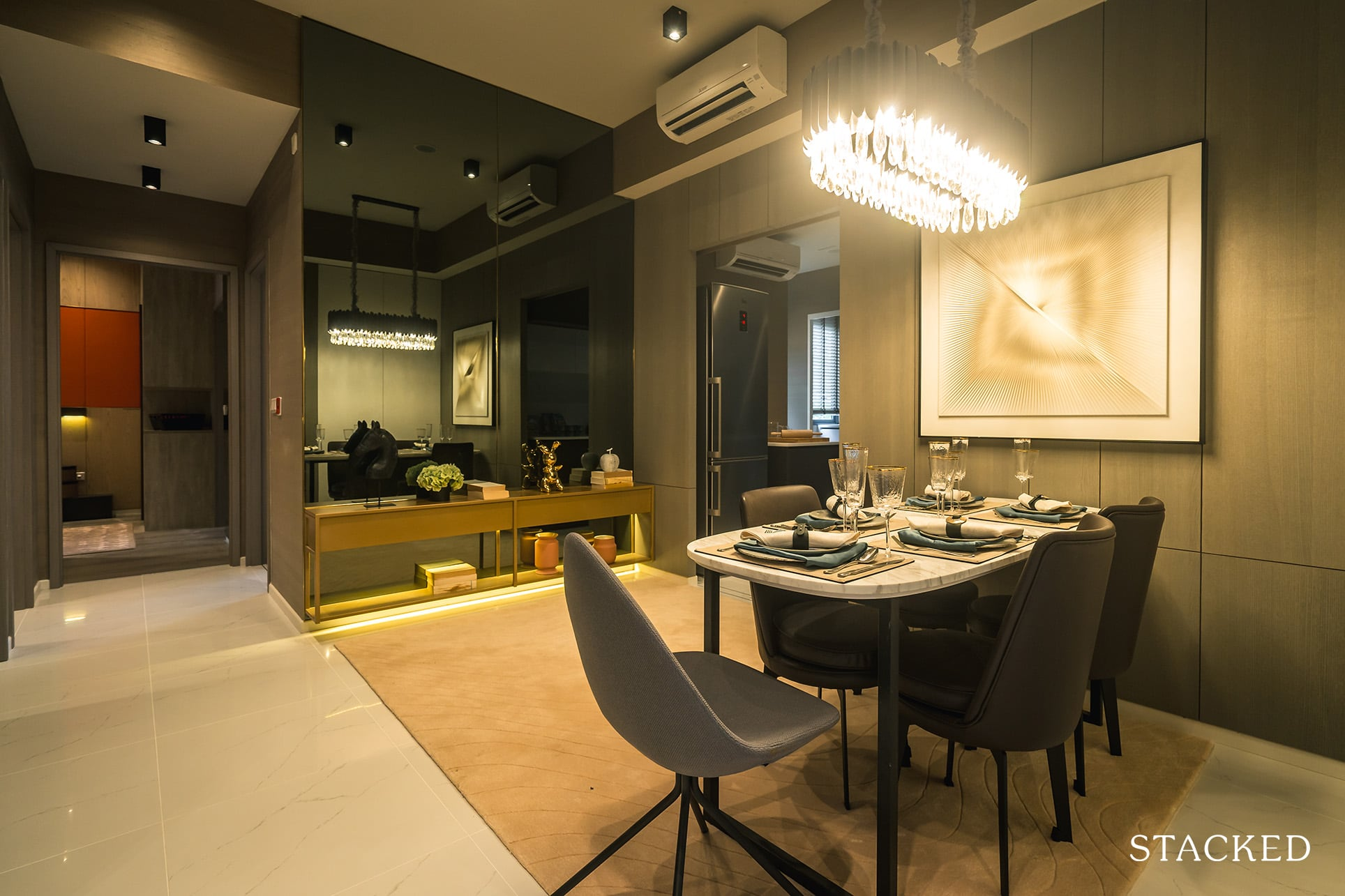 ola ec 3 bedroom premium dining