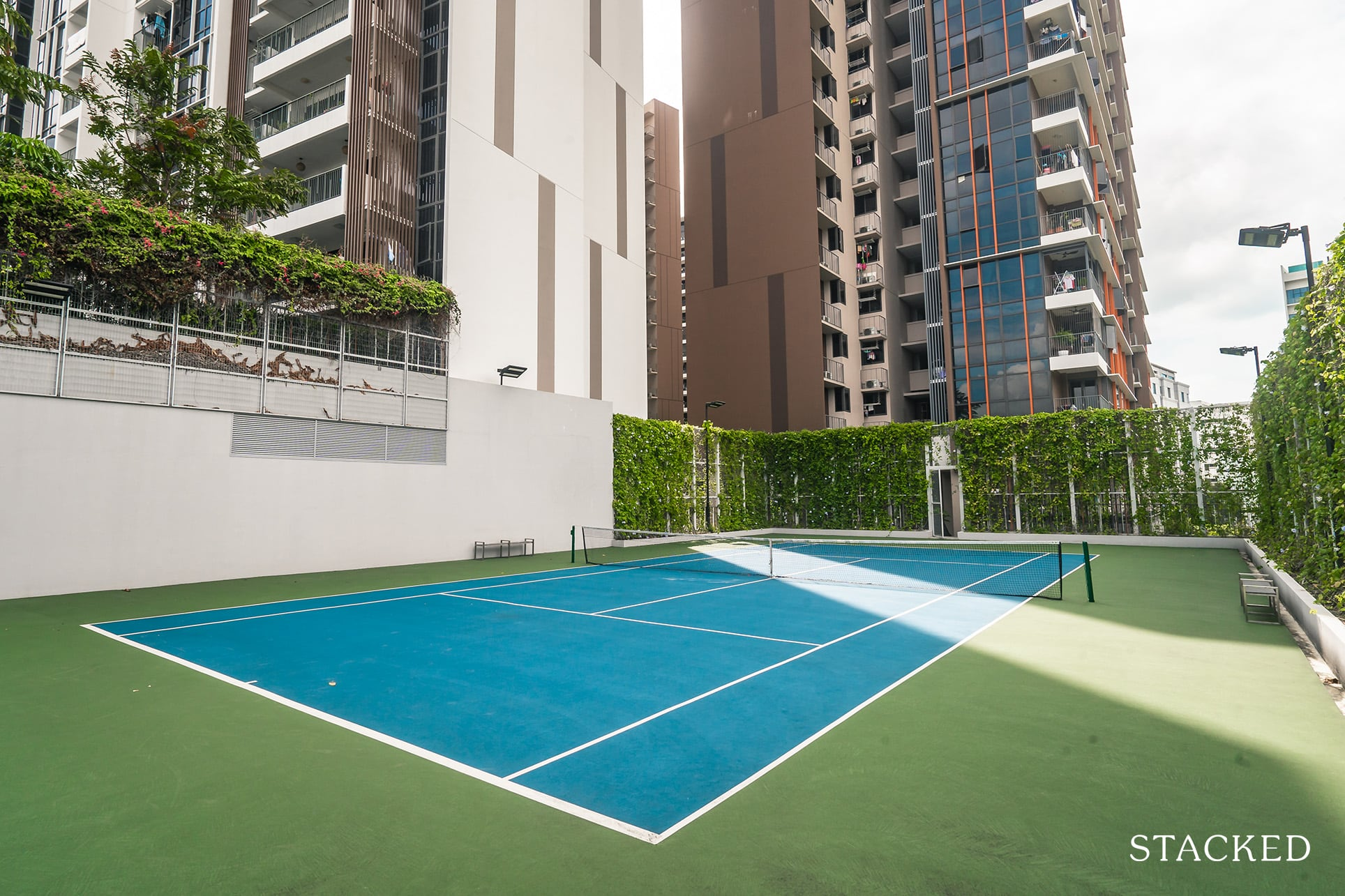 sims urban oasis tennis court