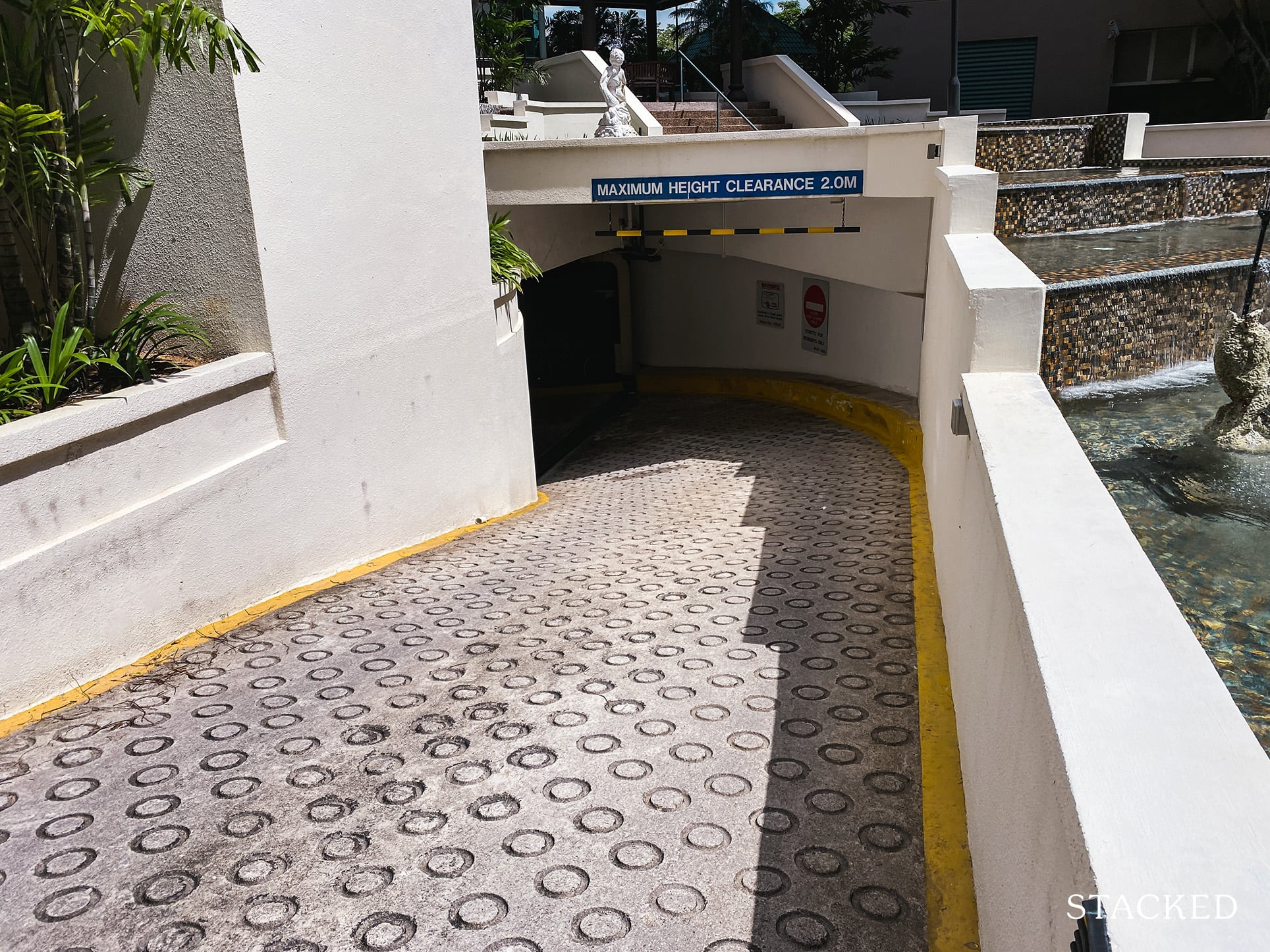 Tanglin regency carpark entrance