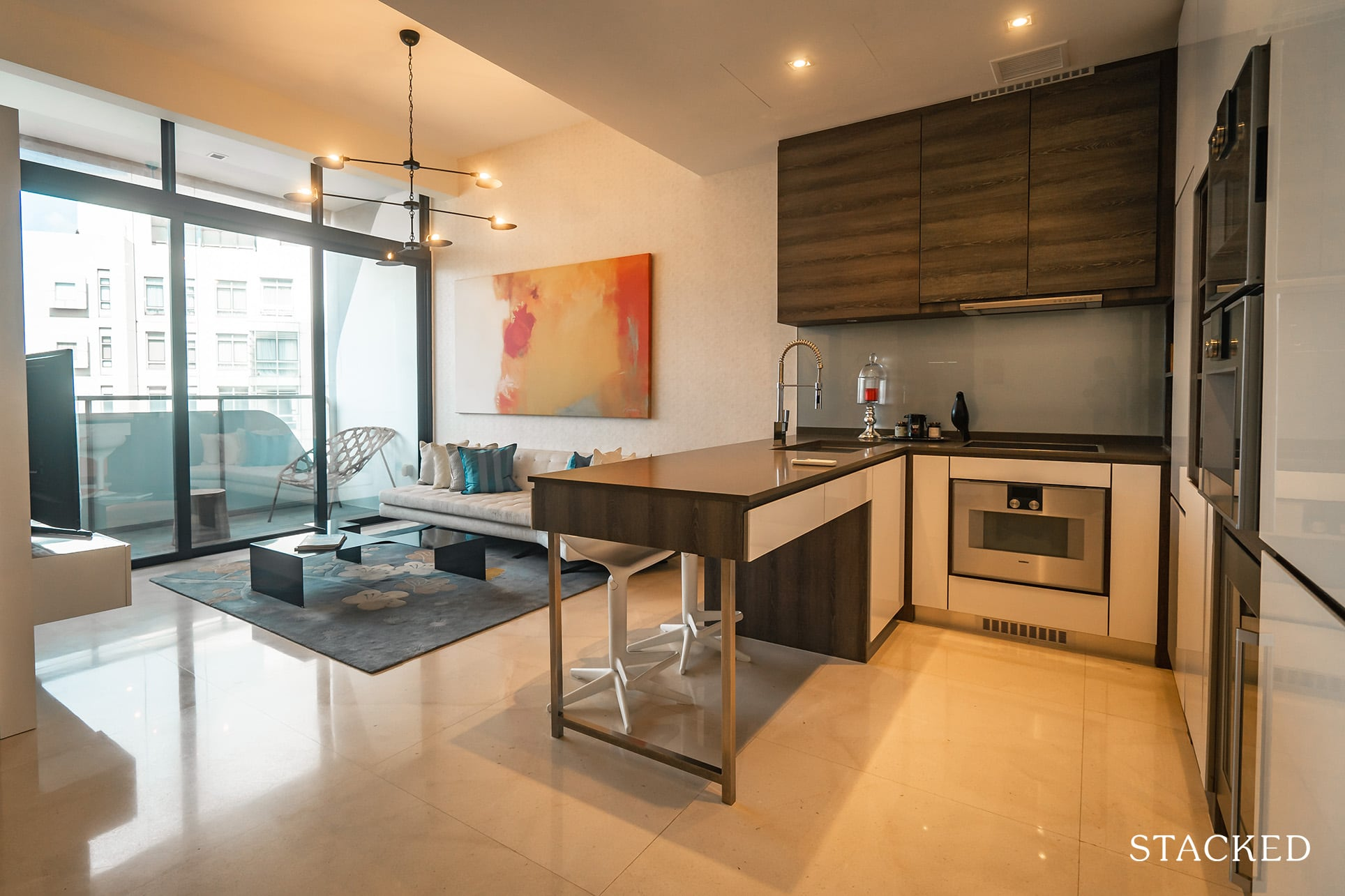 the Scotts tower living dining