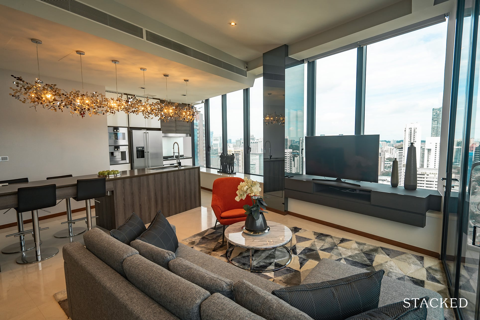 the Scotts tower 3 bedroom living dining