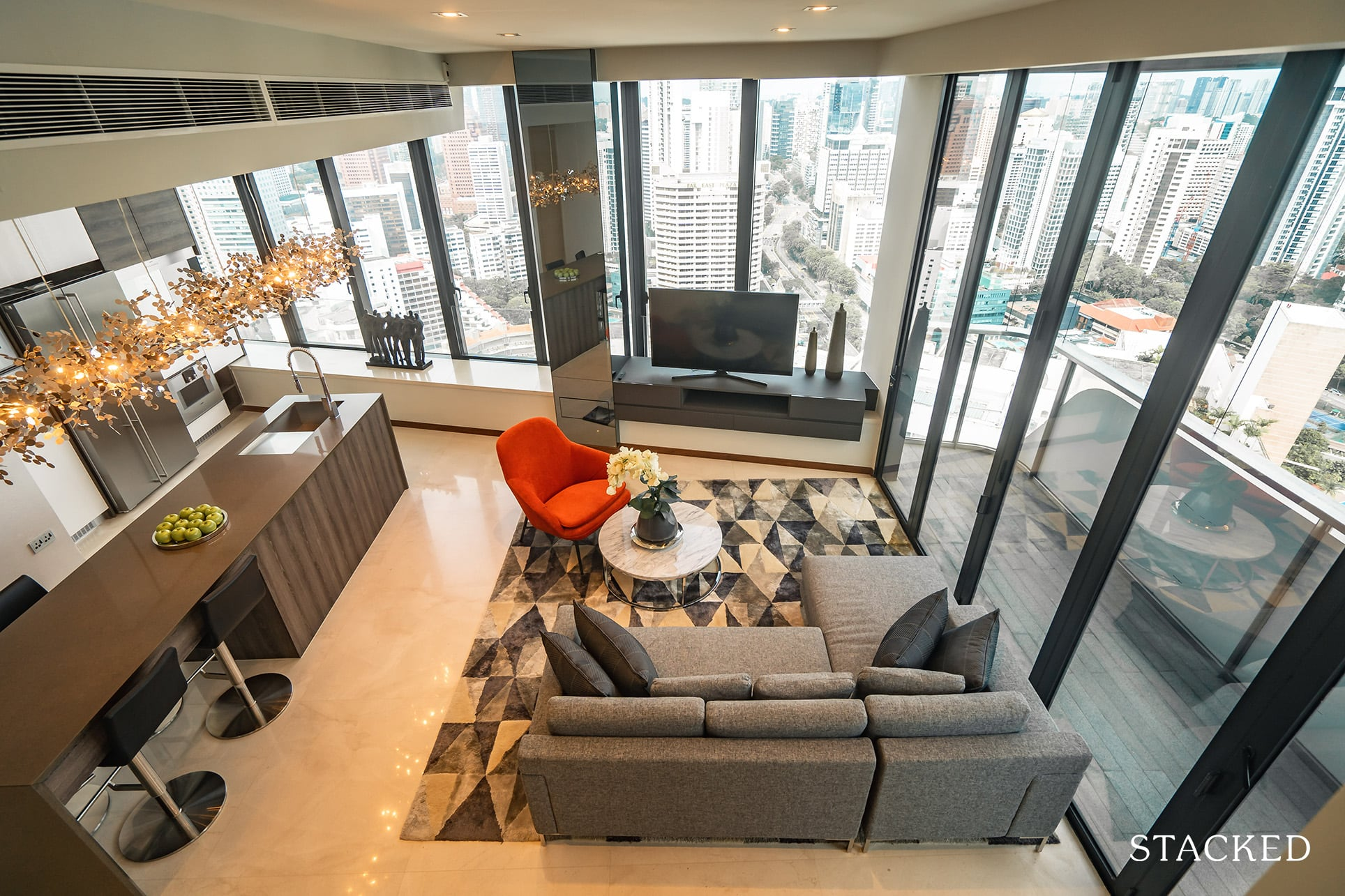the Scotts tower 3 bedroom living
