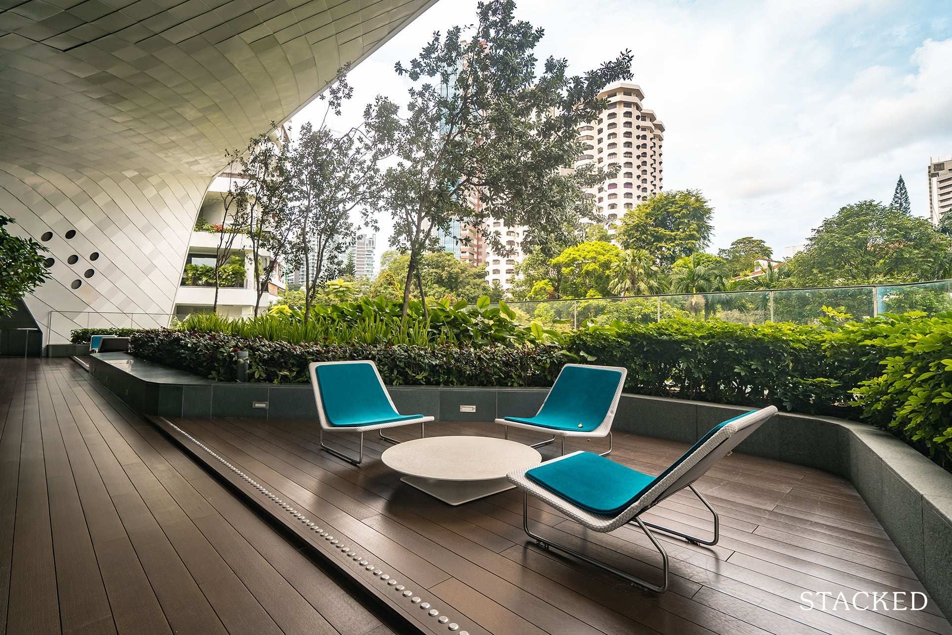 the Scotts tower sky lobby seating area