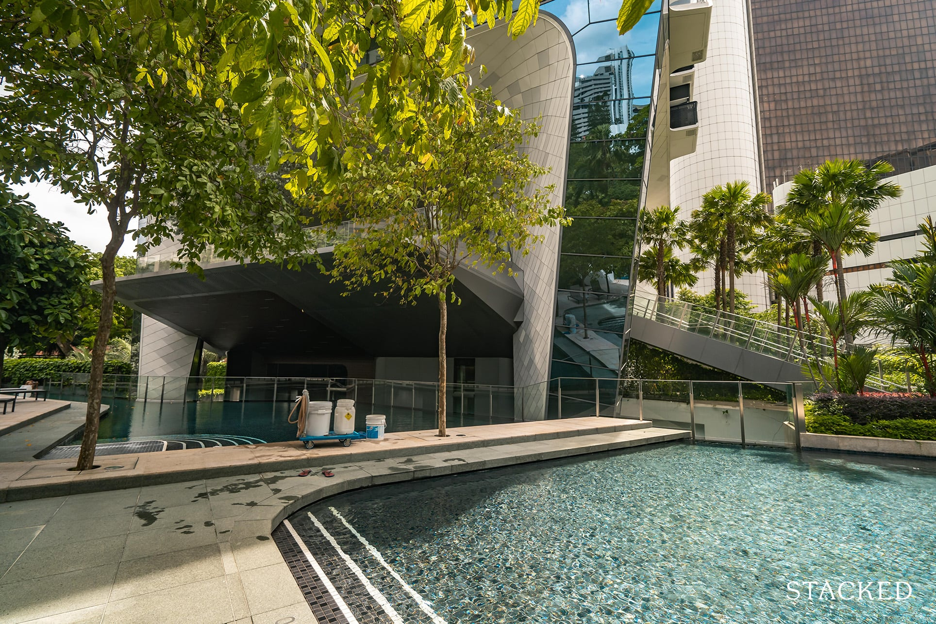 the Scotts tower small pool
