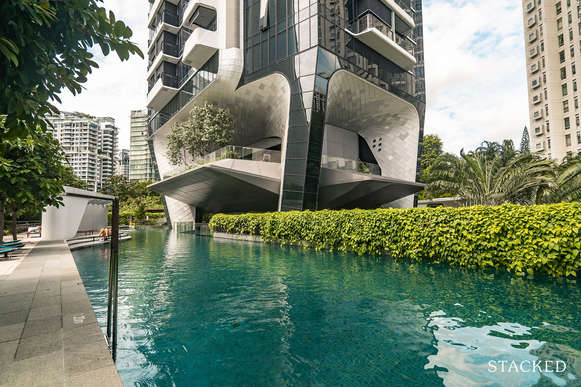 the Scotts tower swimming pool