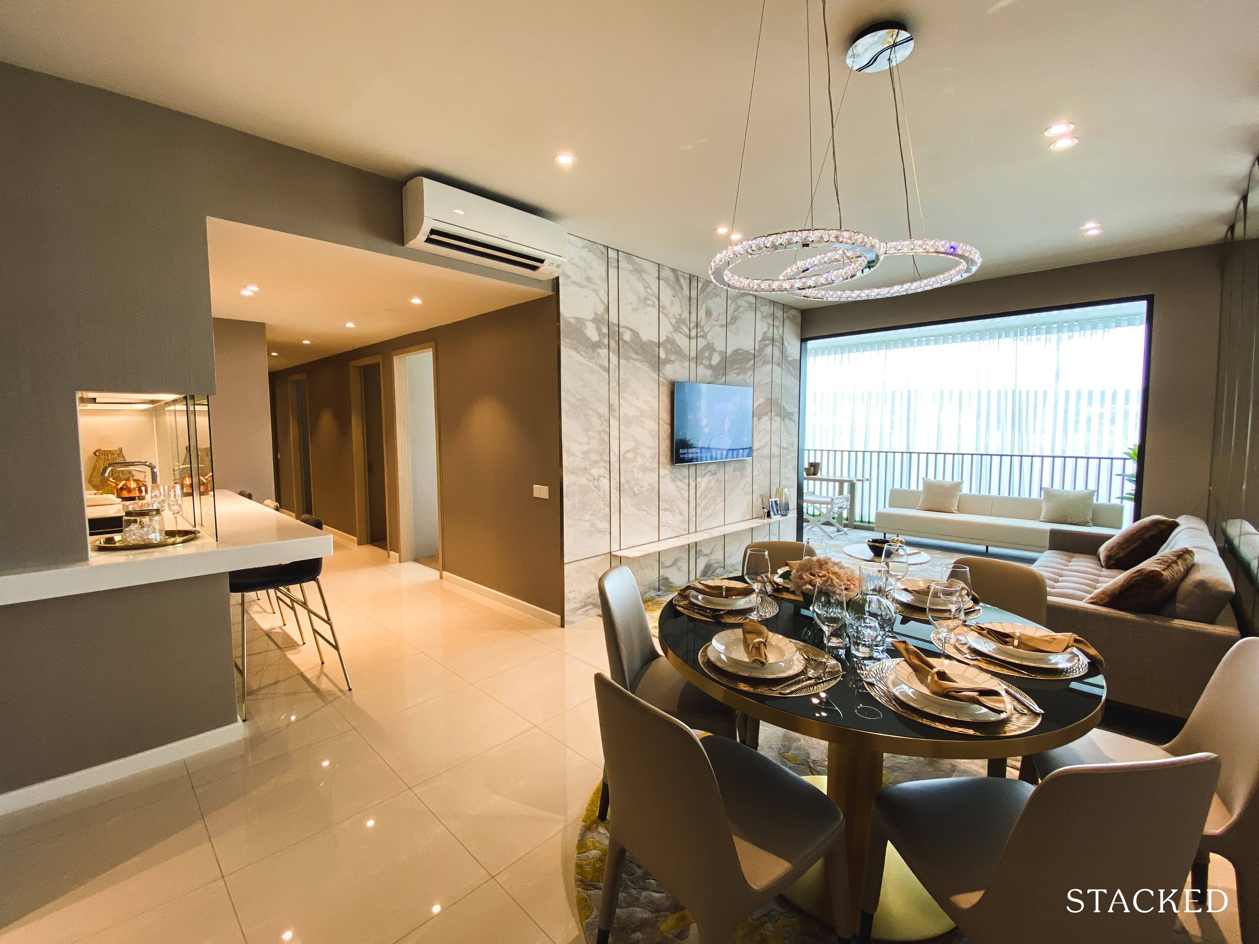 treasure at Tampines 5 bedroom dining