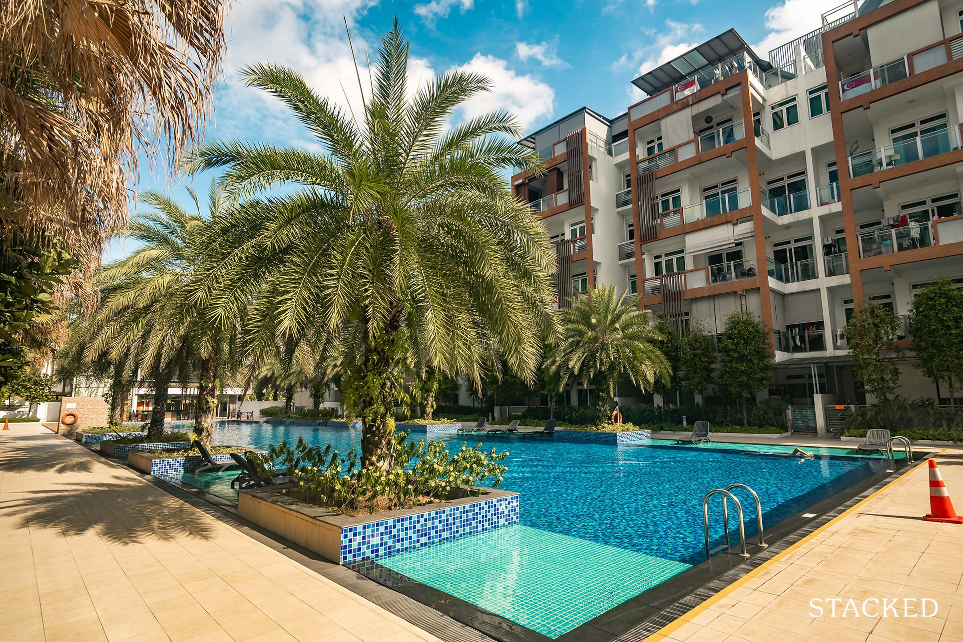 parc rosewood main pool view