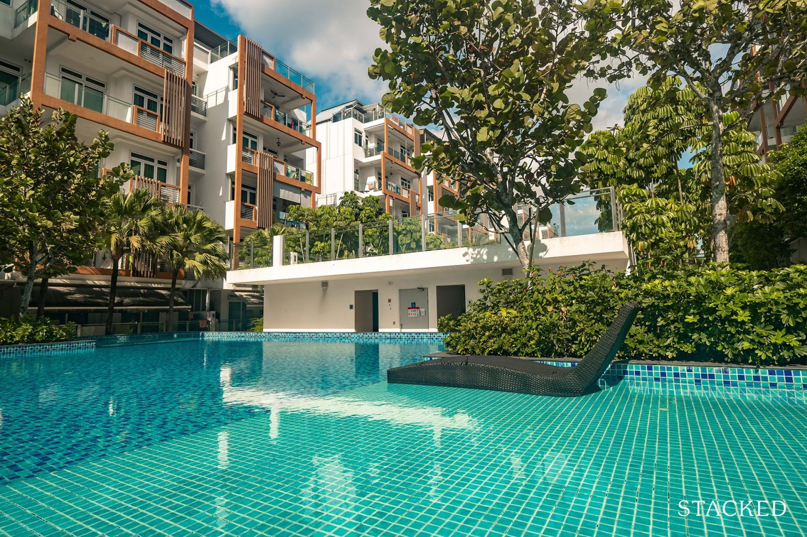 parc rosewood spa pool
