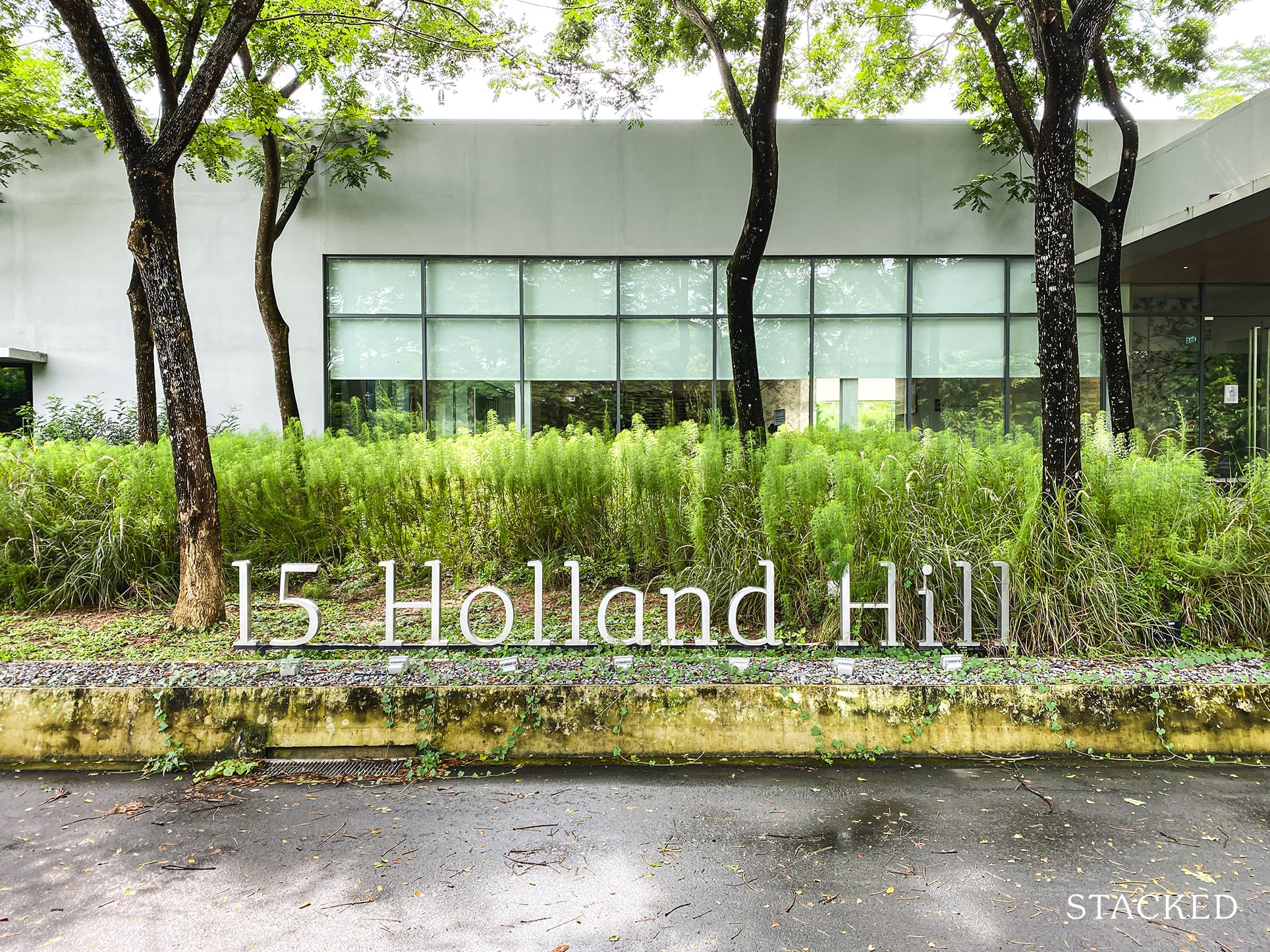15 holland hill review