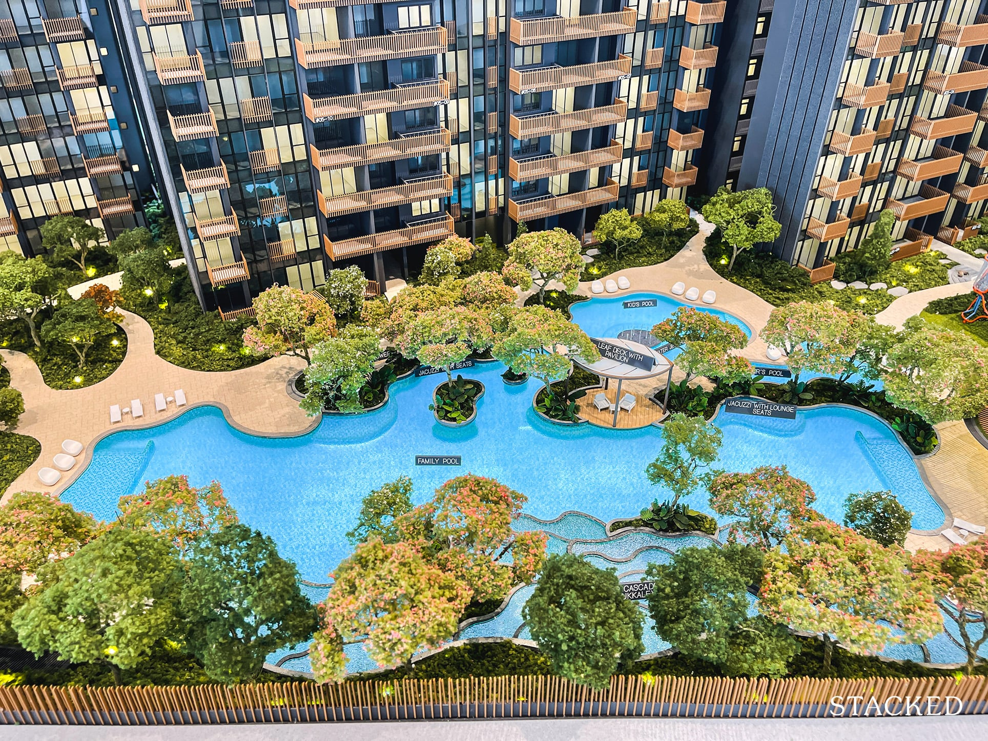 ki residences family pool