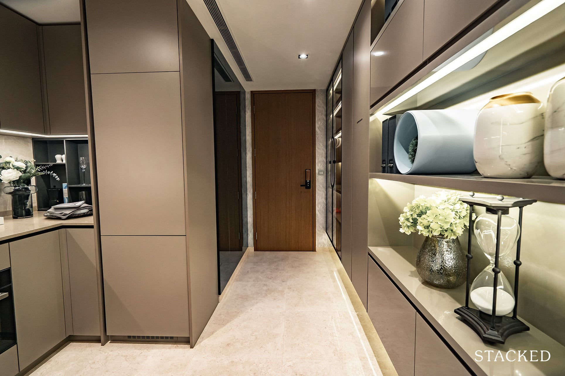 the atelier 2 bedroom entrance