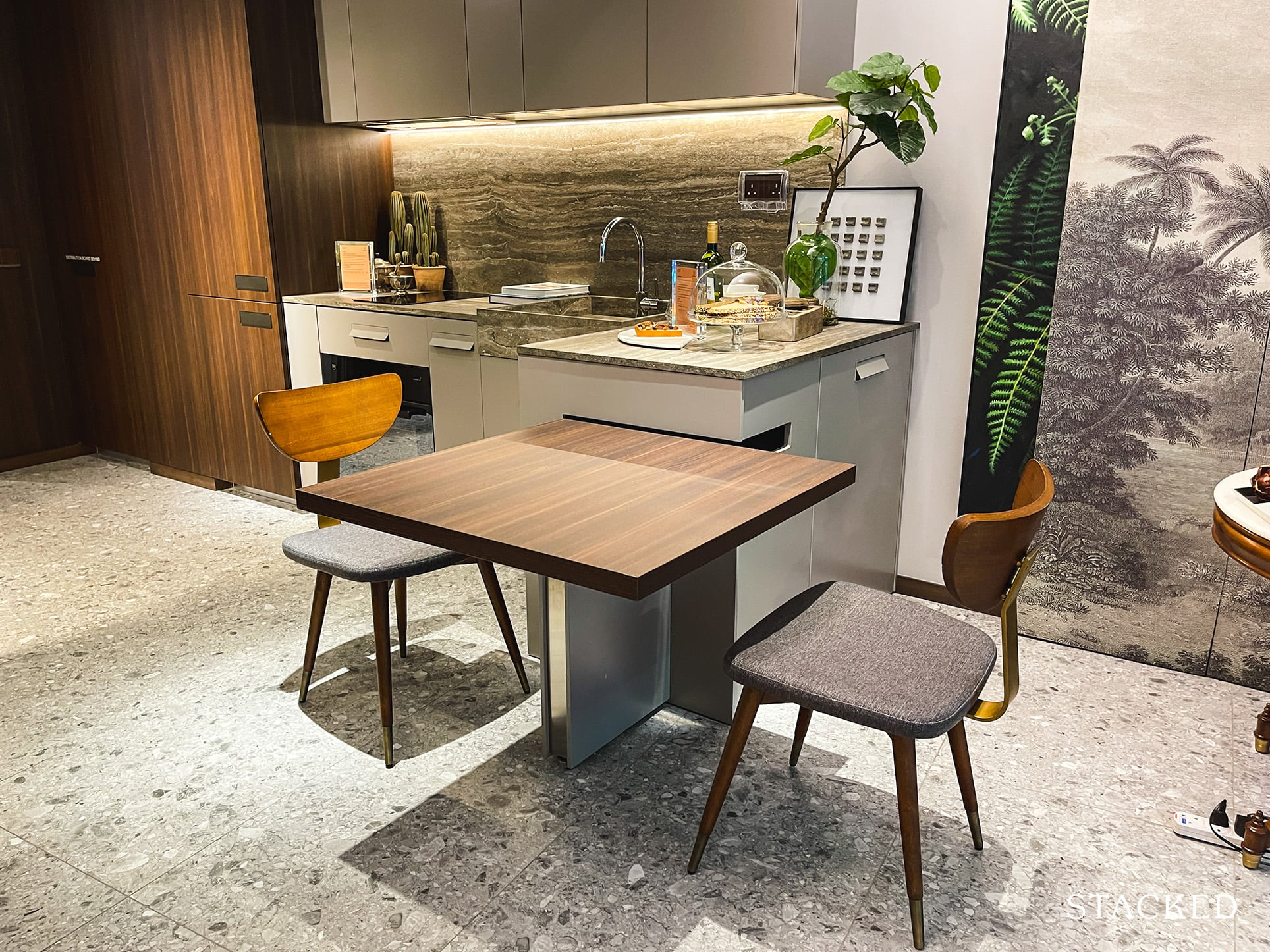 one pearl bank 1 bedroom dining