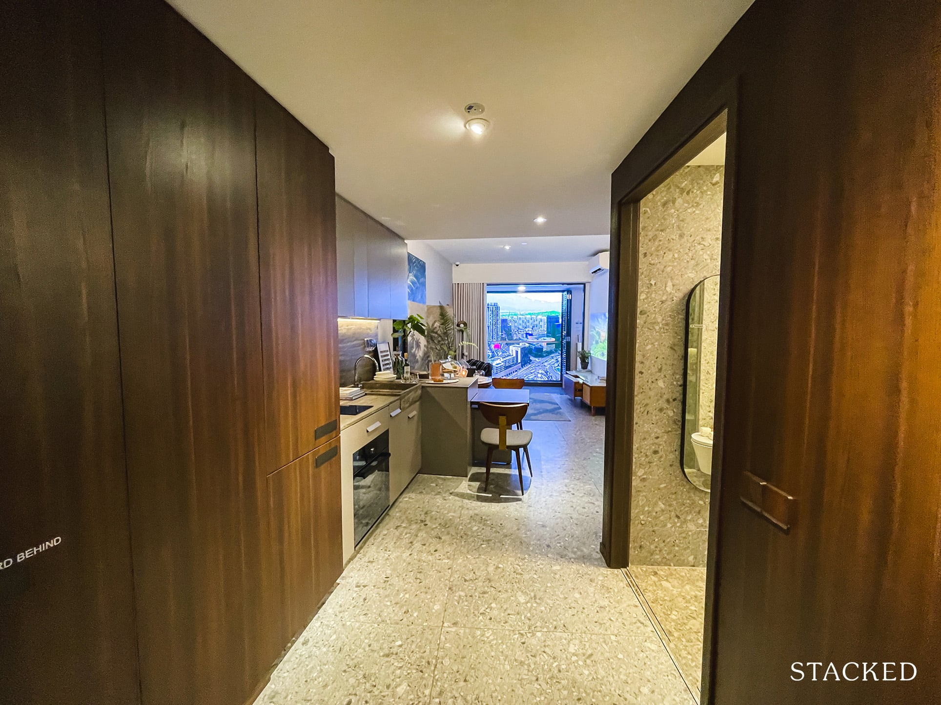 one pearl bank 1 bedroom entrance