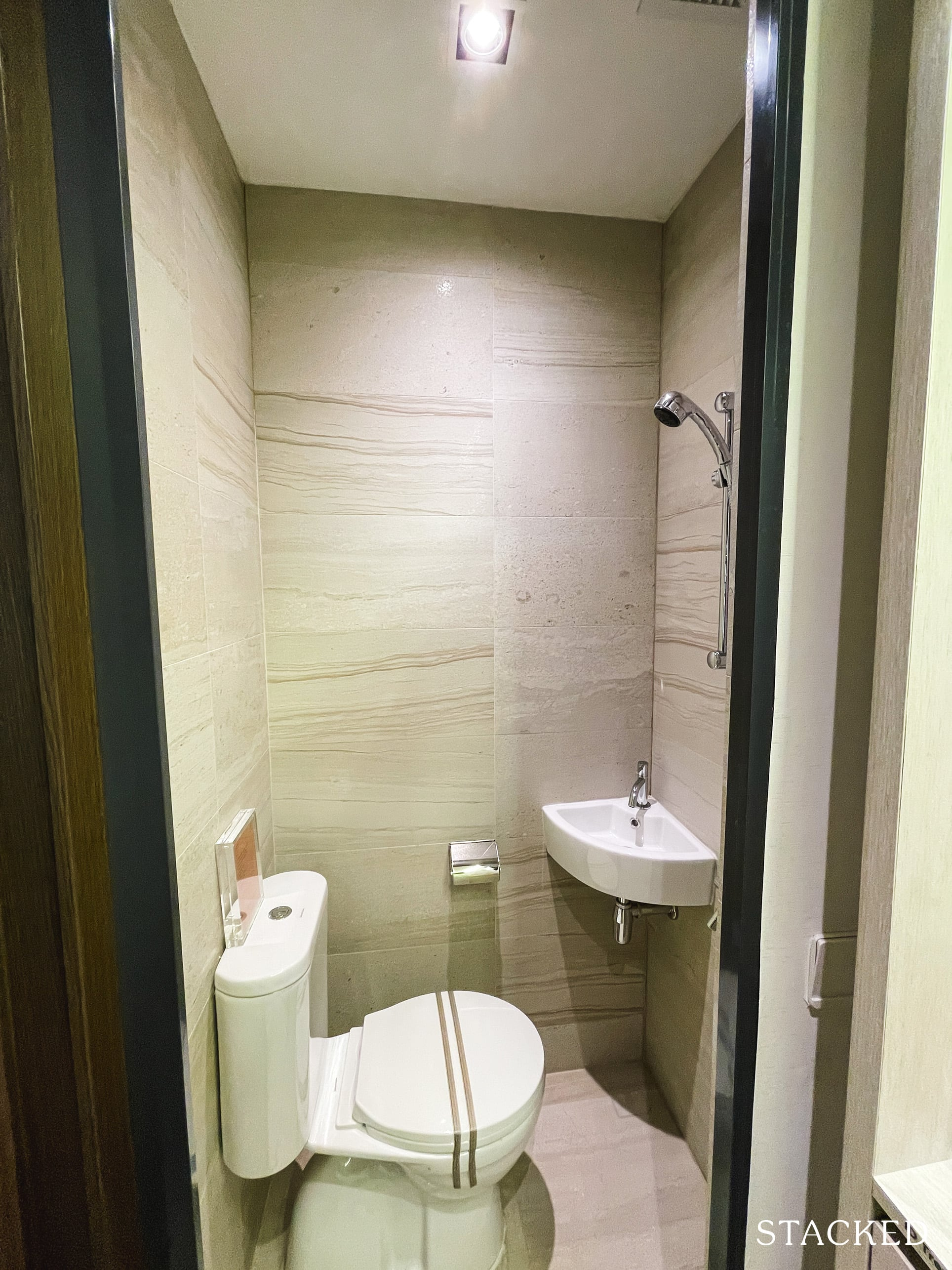 one pearl bank 3 bedroom WC