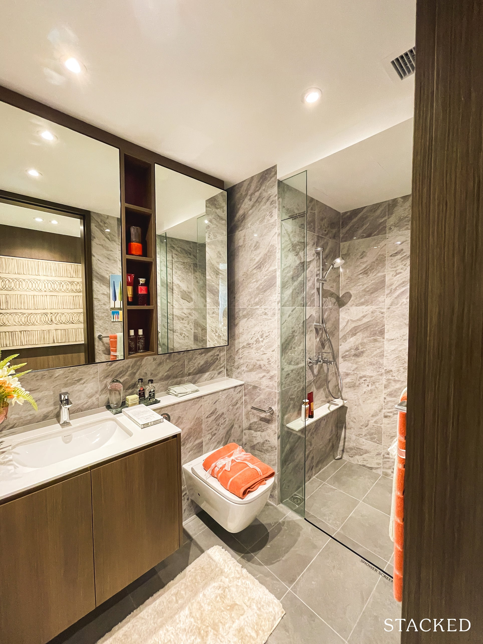 the watergardens at canberra 4 bedroom common bathroom