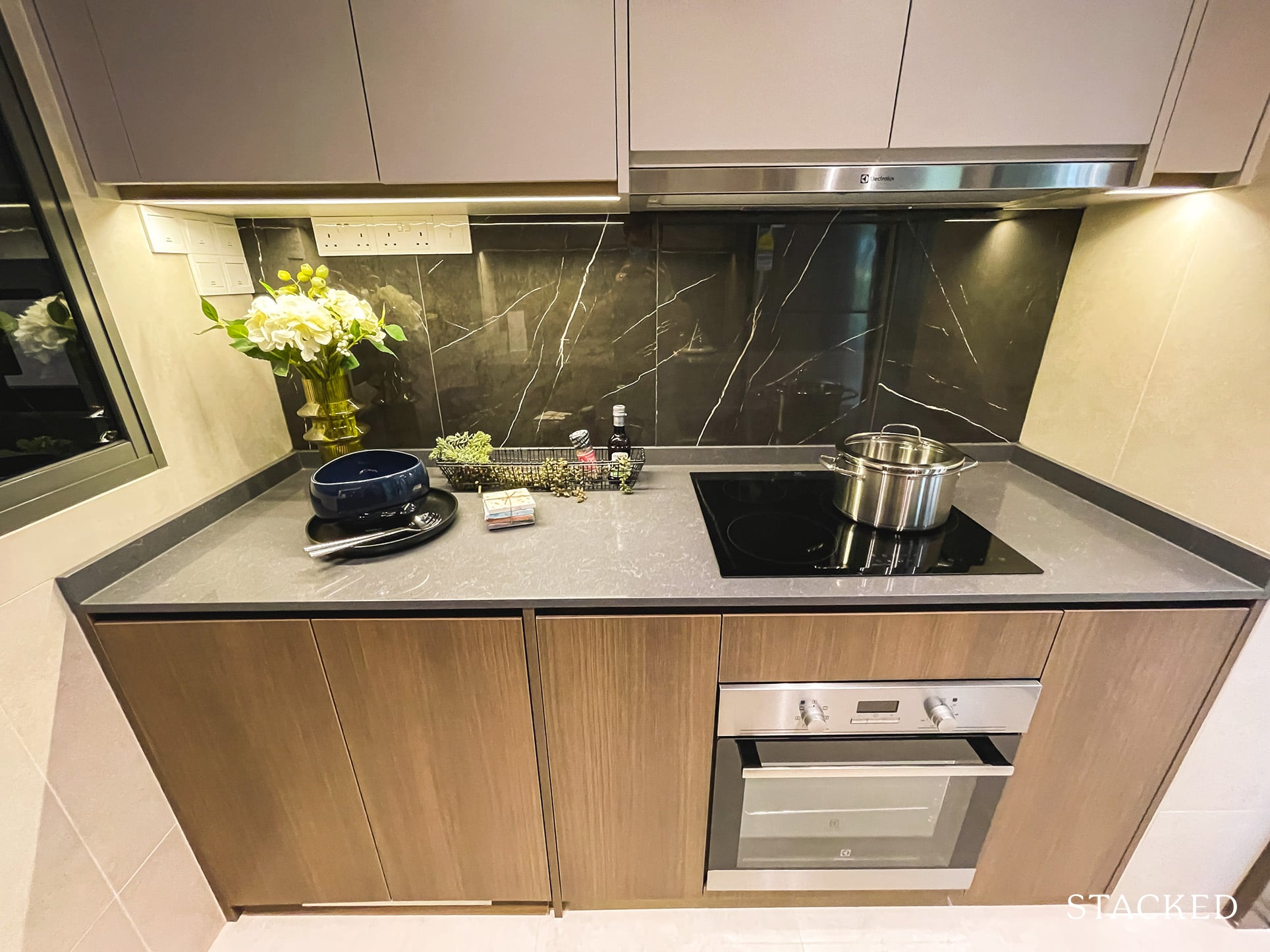 the watergardens at canberra 3 bedroom kitchen hob