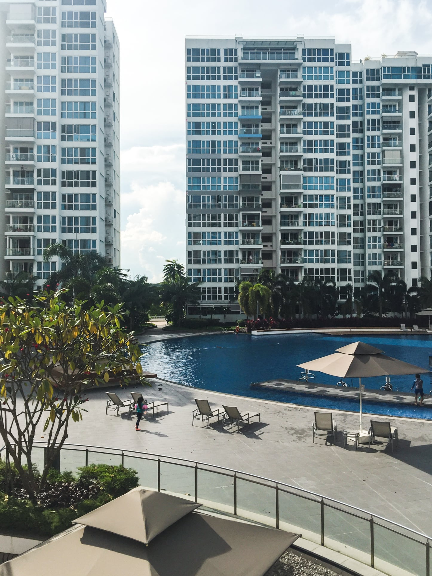 waterview condo pool 1
