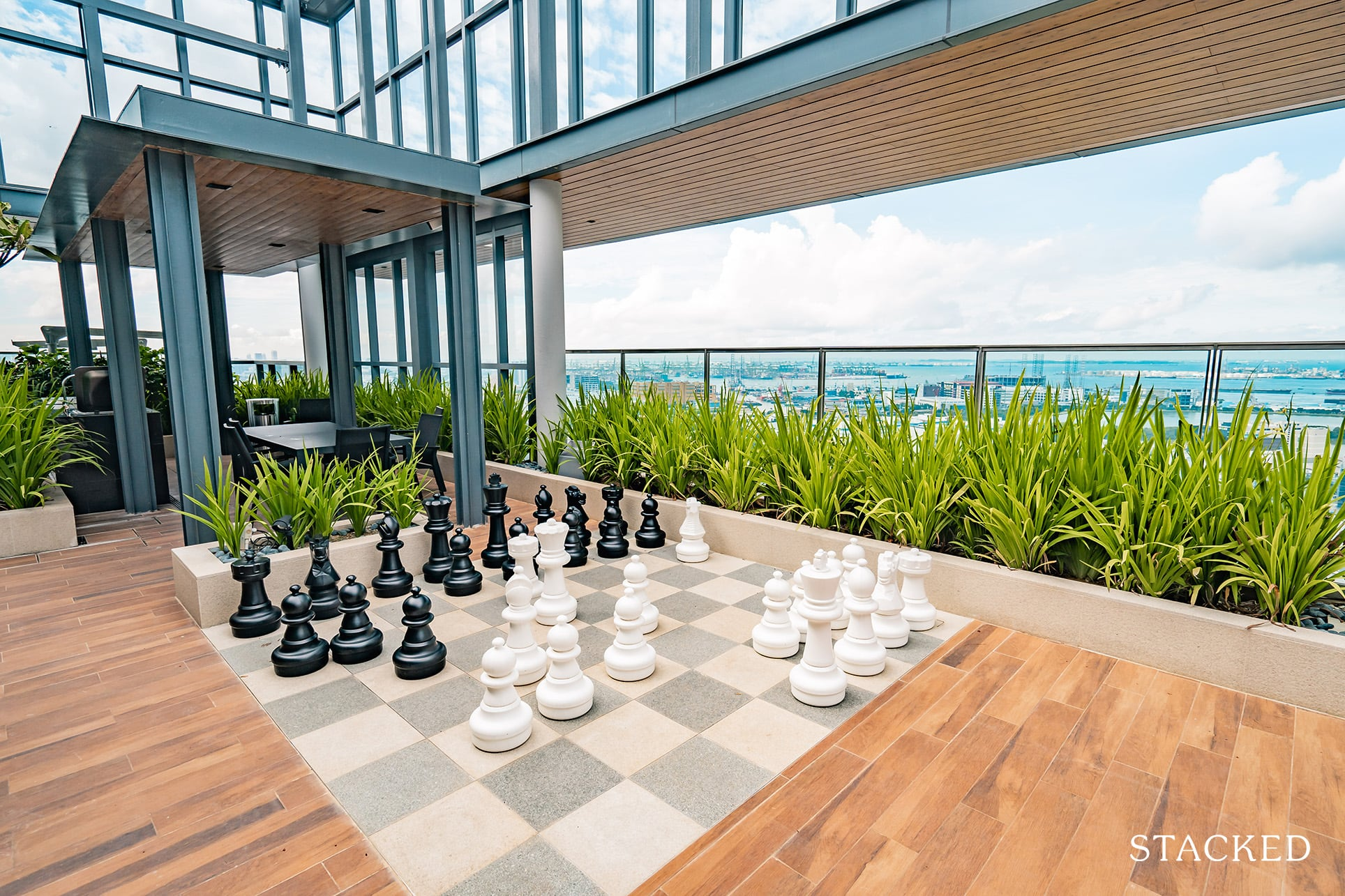 twin vew rooftop chess